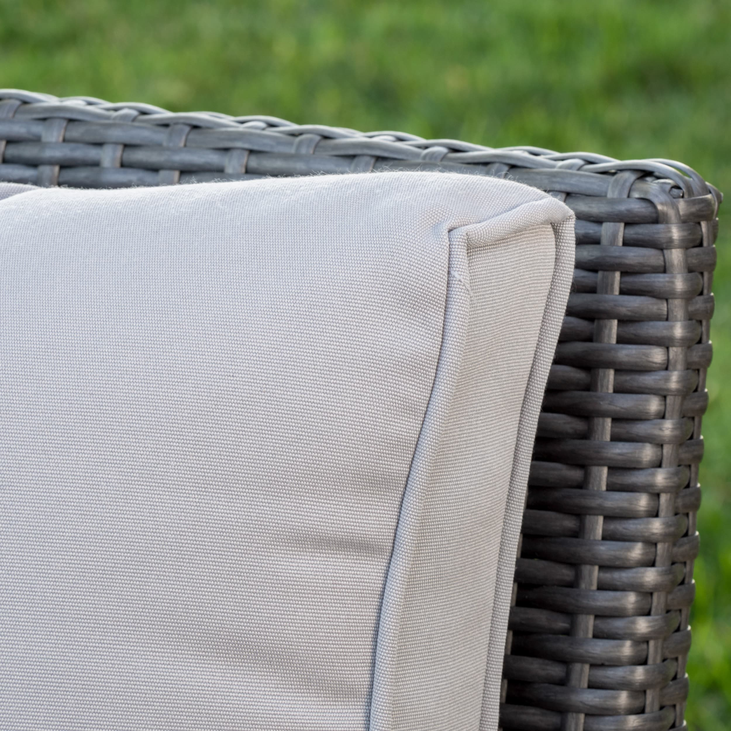 Honolulu Outdoor 5-piece Wicker Seating Set with Cushions by ...