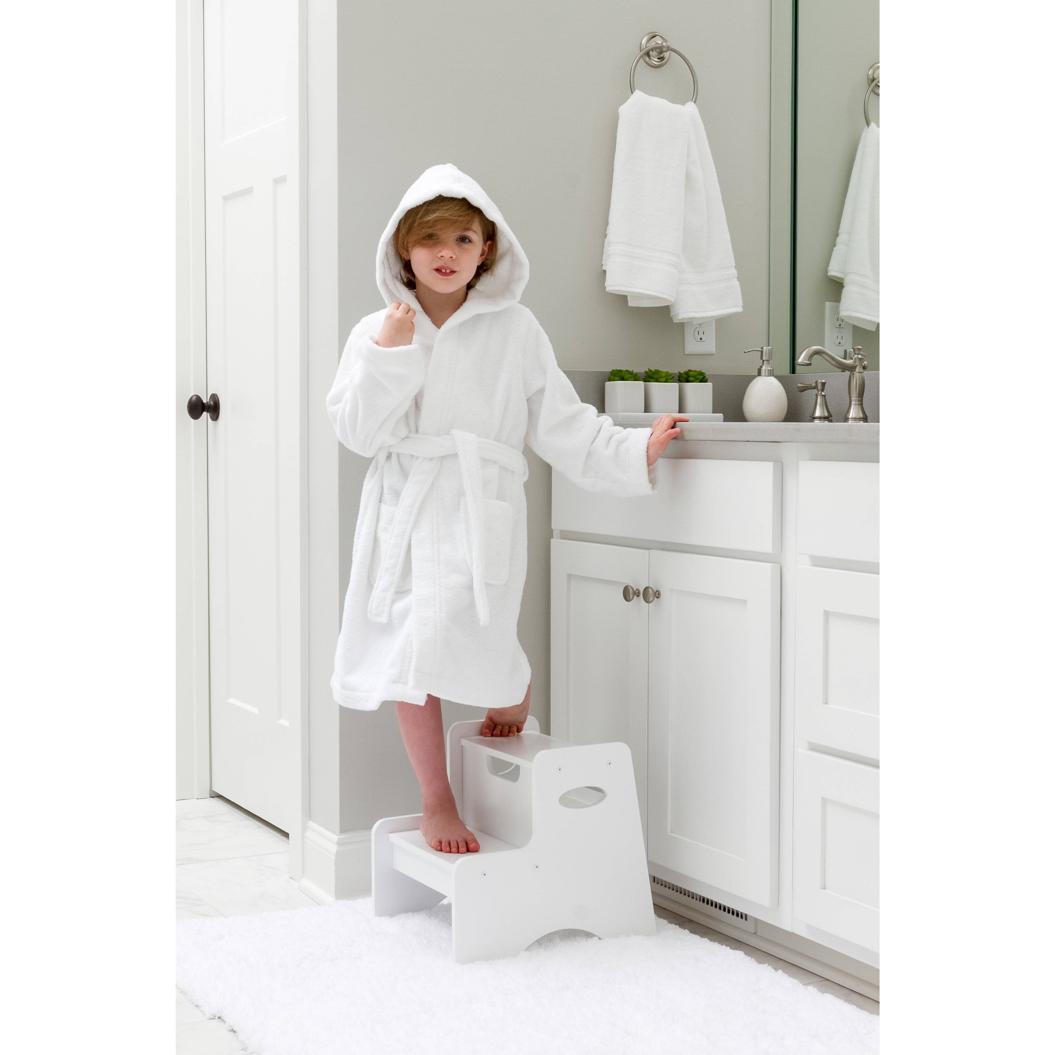 Shop Sweet Kids White Turkish Cotton Hooded Unisex Terry Bathrobe - Free  Shipping On Orders Over  45 - Overstock - 11408261 af3d52838