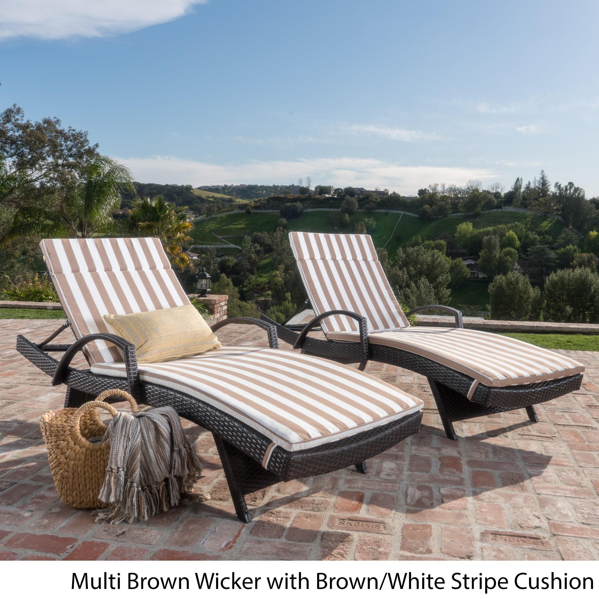 white lounge chairs amazon set outdoor garden of com dp chaise eliana brown wicker