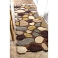 nuLOOM Hand-Carved Stones and Pebbles Wool Brown Runner Rug (2'6 x 8')