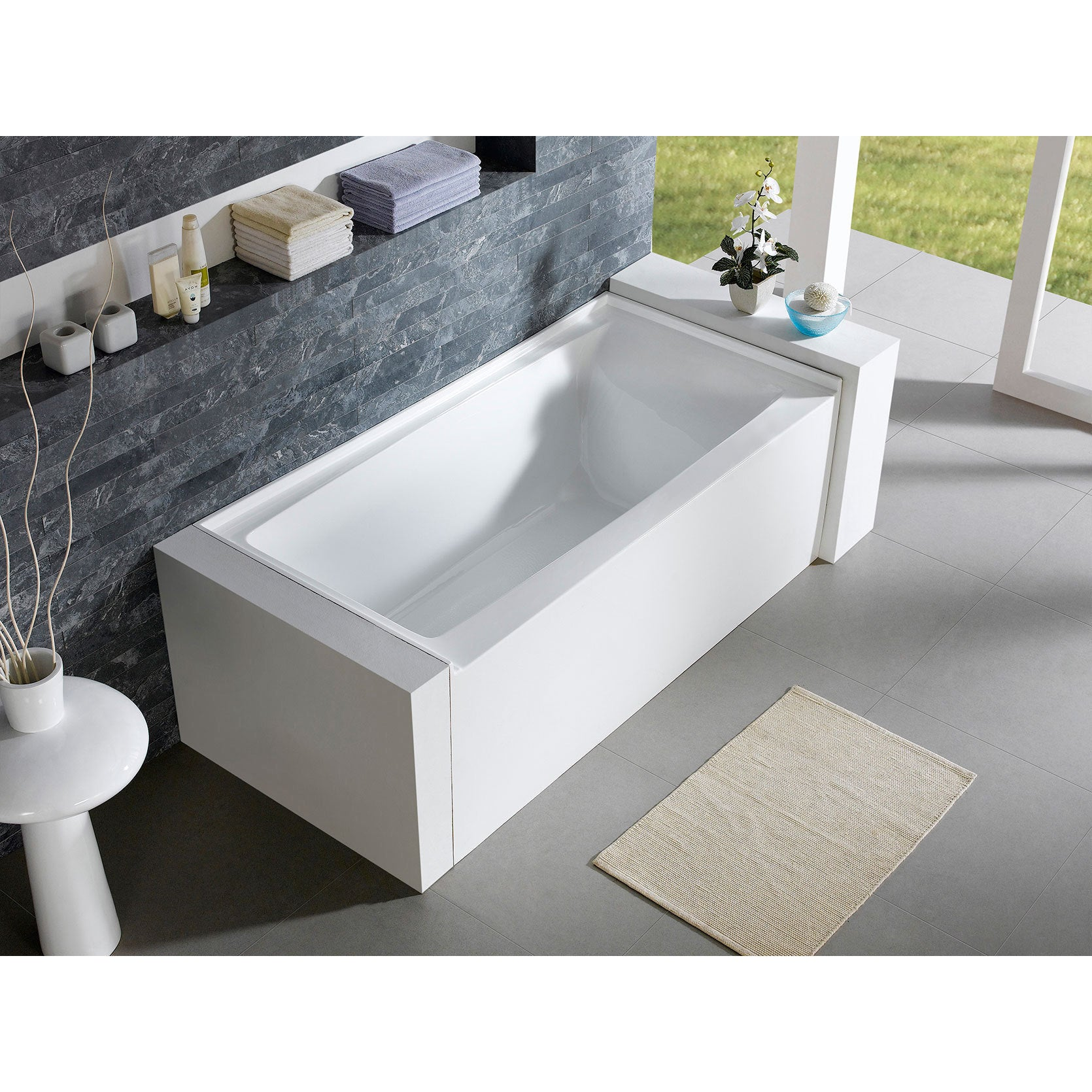 skirted ibis tub castle alcove x front