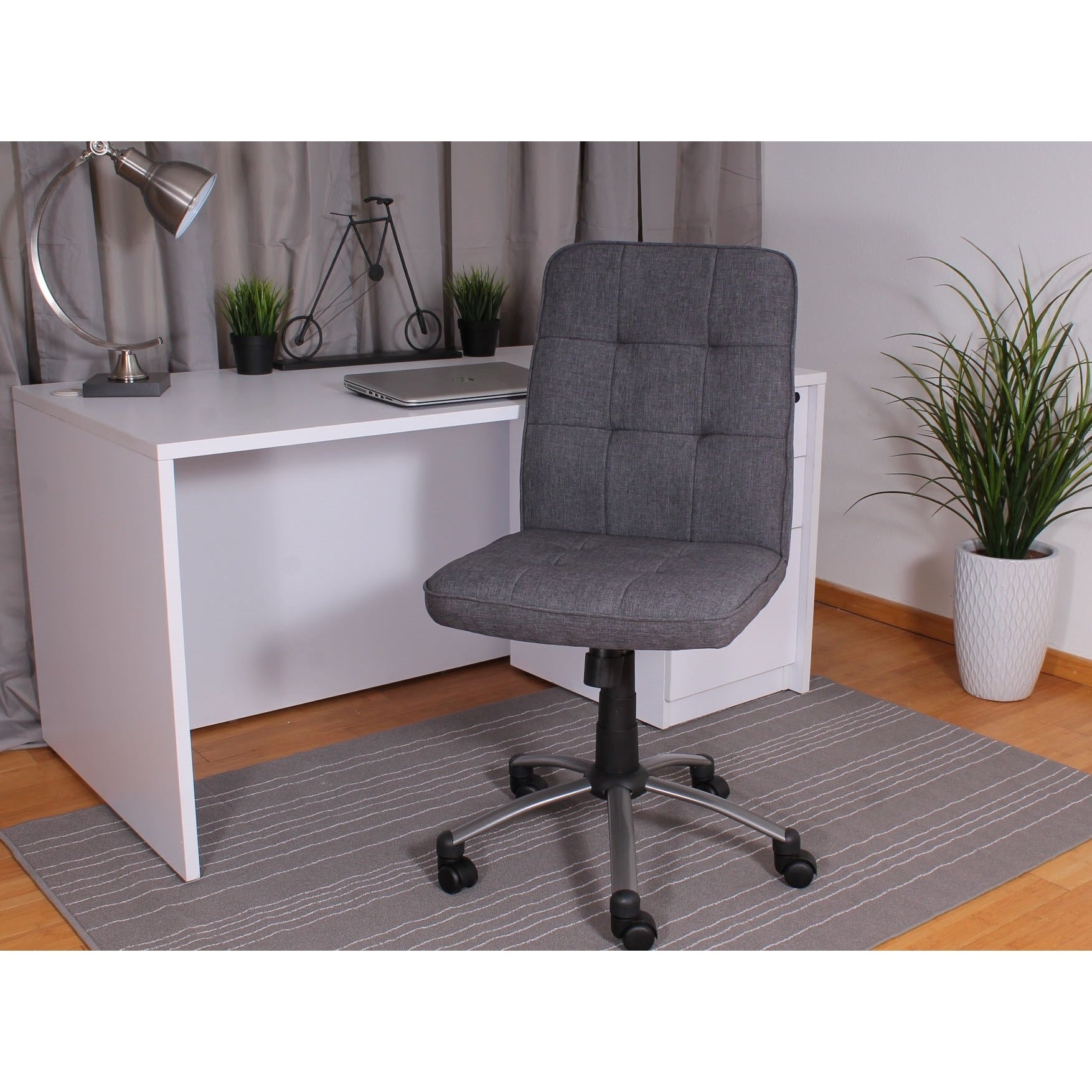 Charmant Boss Fabric Modern Ergonomic Office Chair