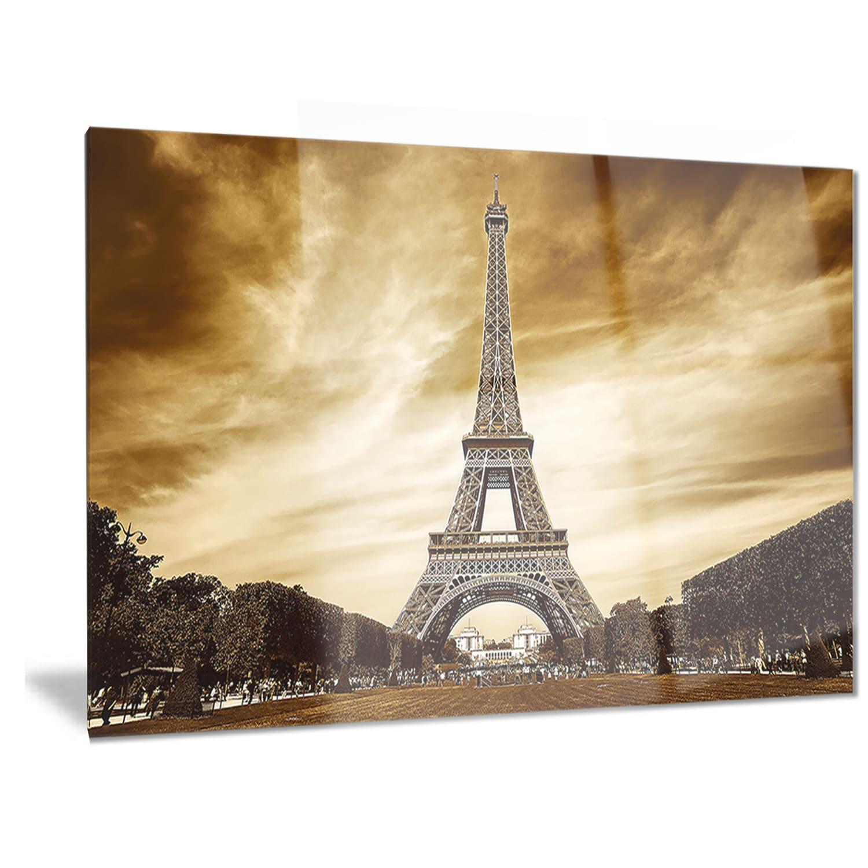 Designart \'Eiffel Tower in Grey Shade\' Landscape Photo Metal Wall ...