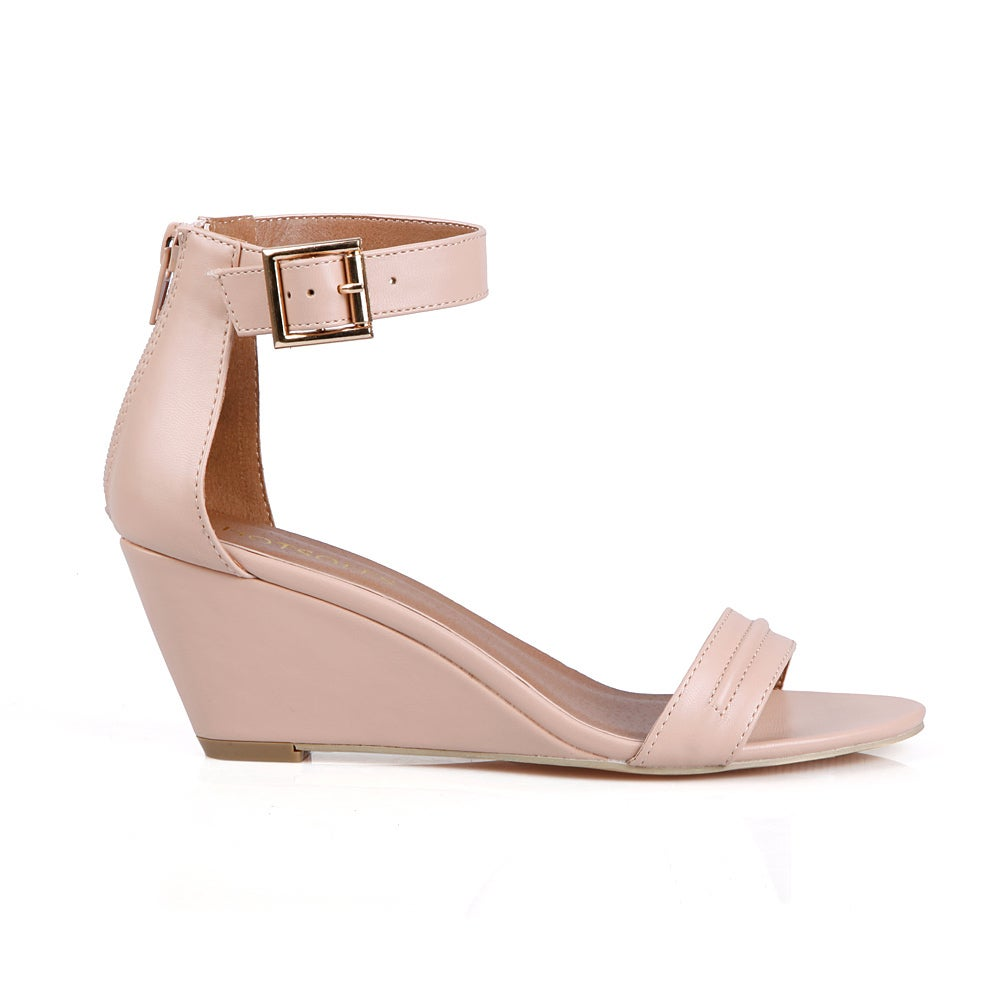 9e12bd72a44 Shop Hotsoles Gull Single Strap Women s Wedge Sandal - Free Shipping On  Orders Over  45 - Overstock - 12039041