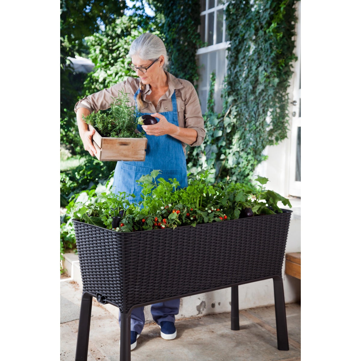 Keter Easy Grow Patio Flower Plant Planter Raised Elevated Garden
