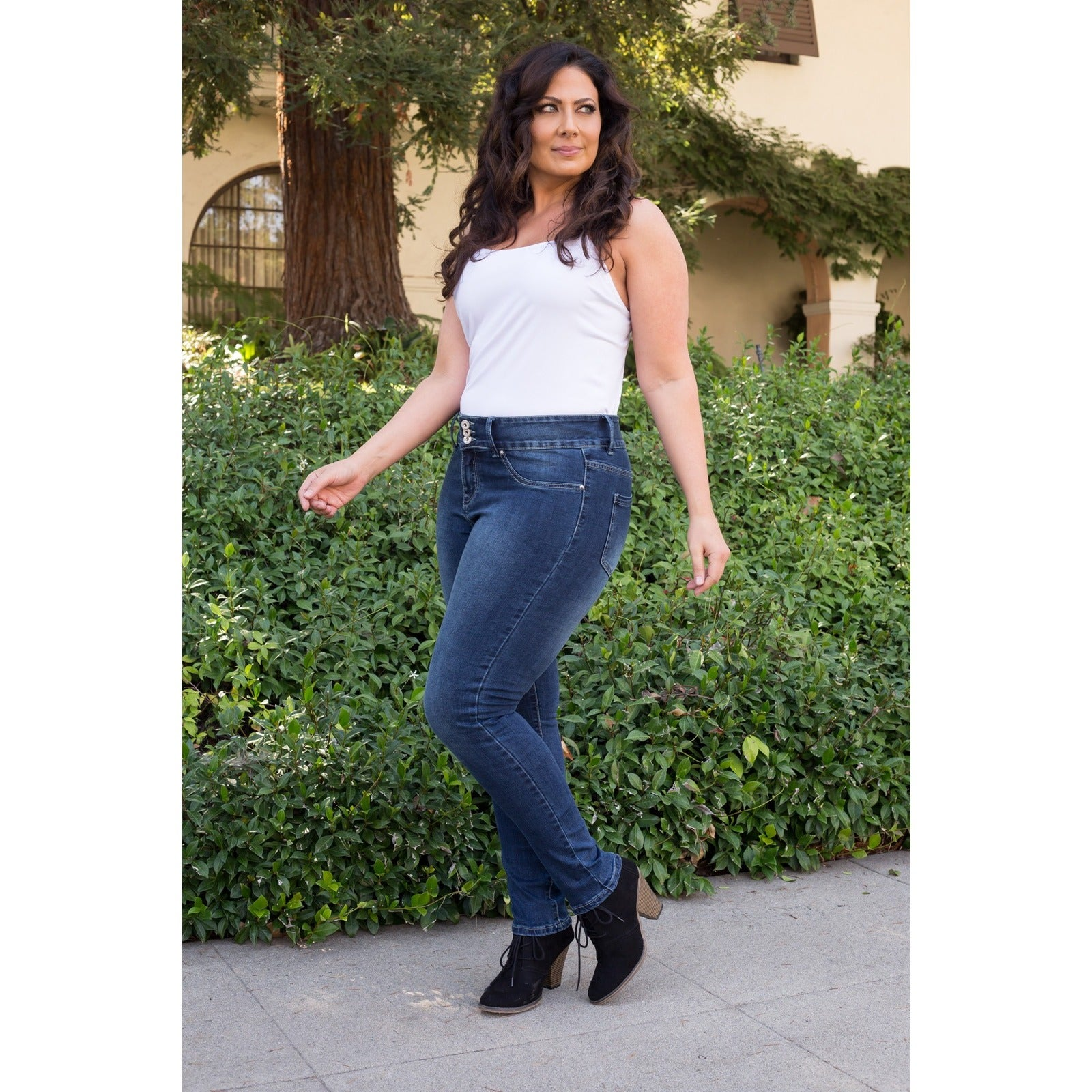 159240ef25 Shop White Mark Women s Plus Size Super Stretch Denim Jean - On Sale - Free  Shipping Today - Overstock - 12070434