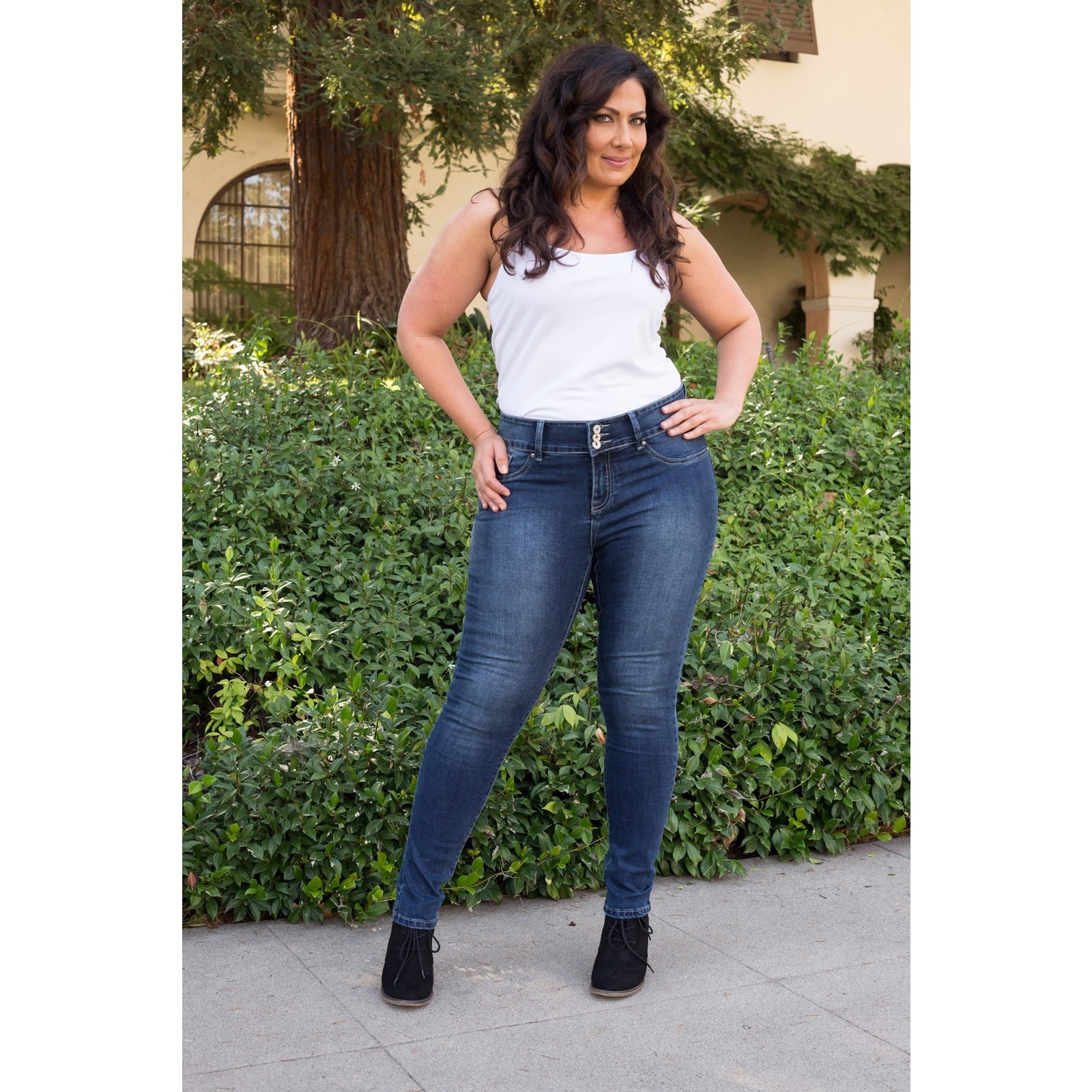 2941269340d Shop White Mark Women s Plus Size Super Stretch Denim Jean - On Sale - Free  Shipping Today - Overstock - 12070434
