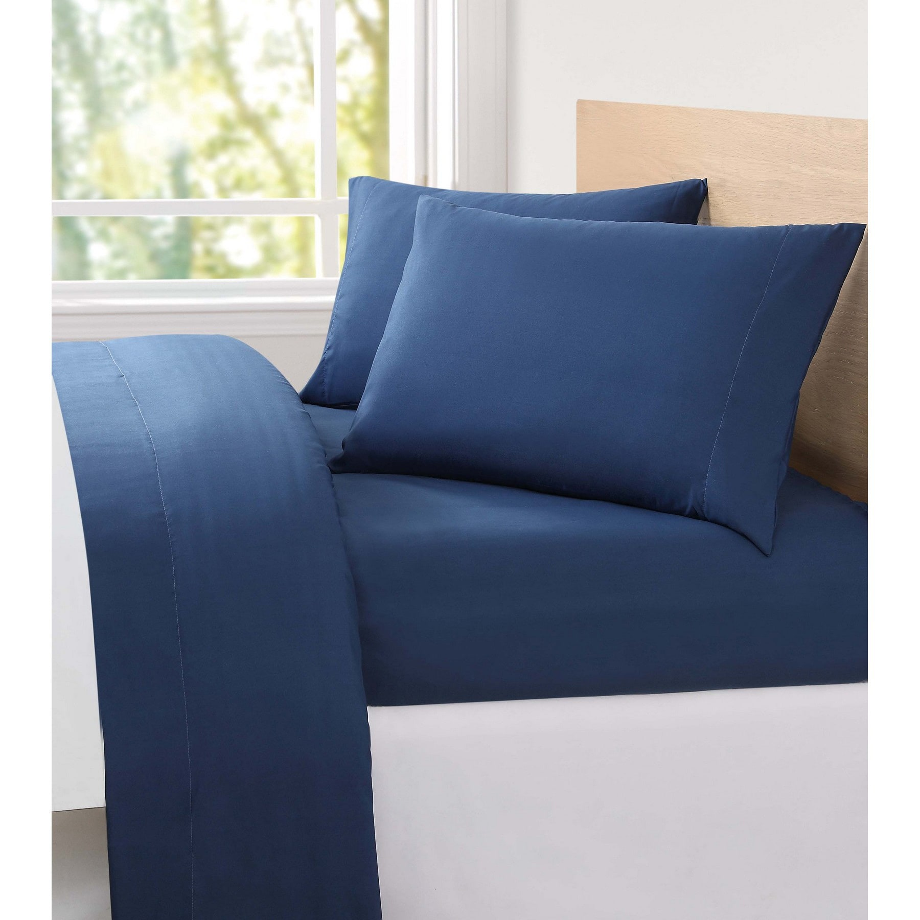 London Fog Solid 6 Piece Microfiber Sheet Set   Free Shipping On Orders  Over $45   Overstock   19470431