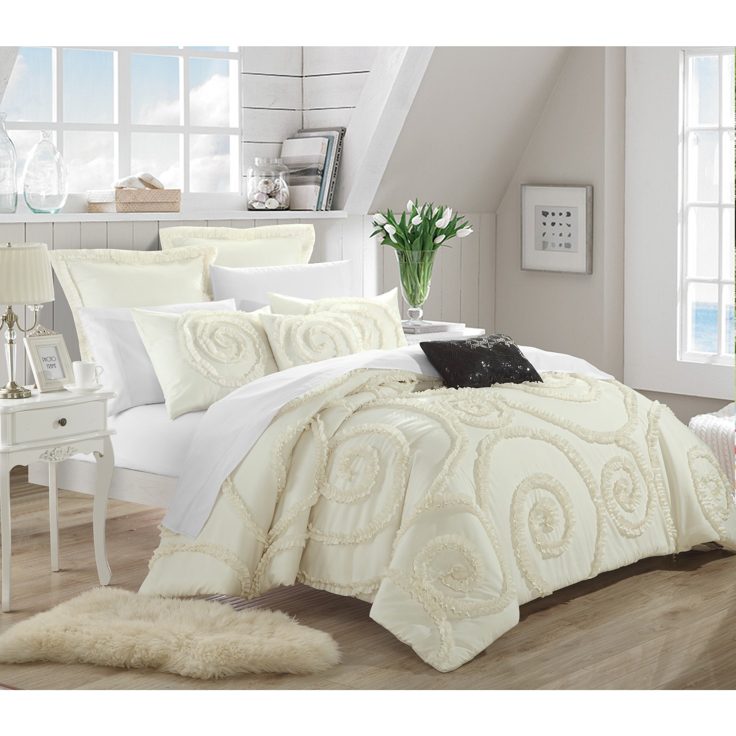 stunning twin aqua queen to pink white marilyn colored charcoal set enthralling comforter yellow sets comforters boys king target piece for gray cream teens turquoise and lacoste pottery picture barn bedding com size teen tween full monroe bedroom grey mens blanca