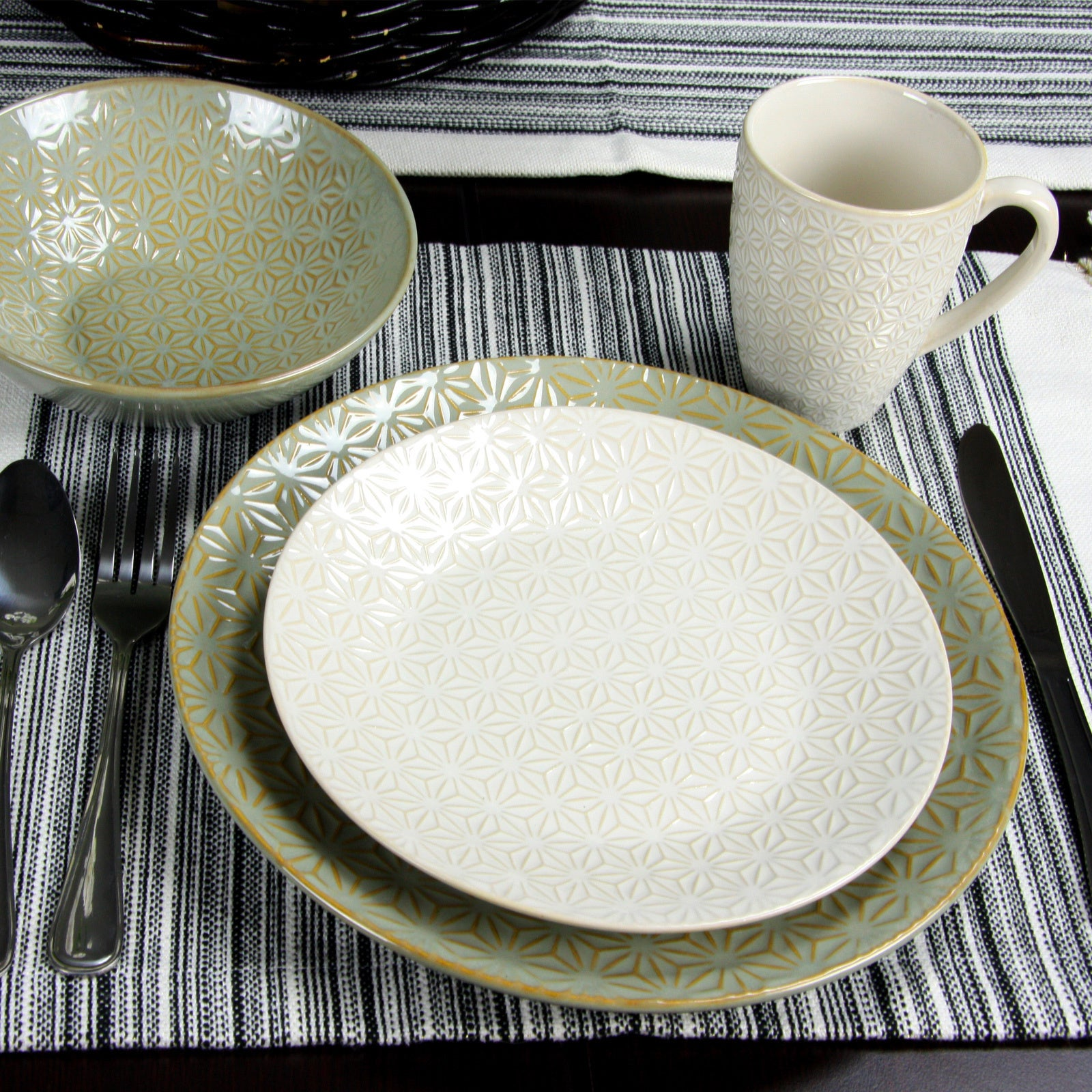Elama Olive Terrace Ivory/Green Stoneware Service for 4 Textured Dinnerware Set (Case of 16) - Free Shipping Today - Overstock.com - 19656153 & Elama Olive Terrace Ivory/Green Stoneware Service for 4 Textured ...
