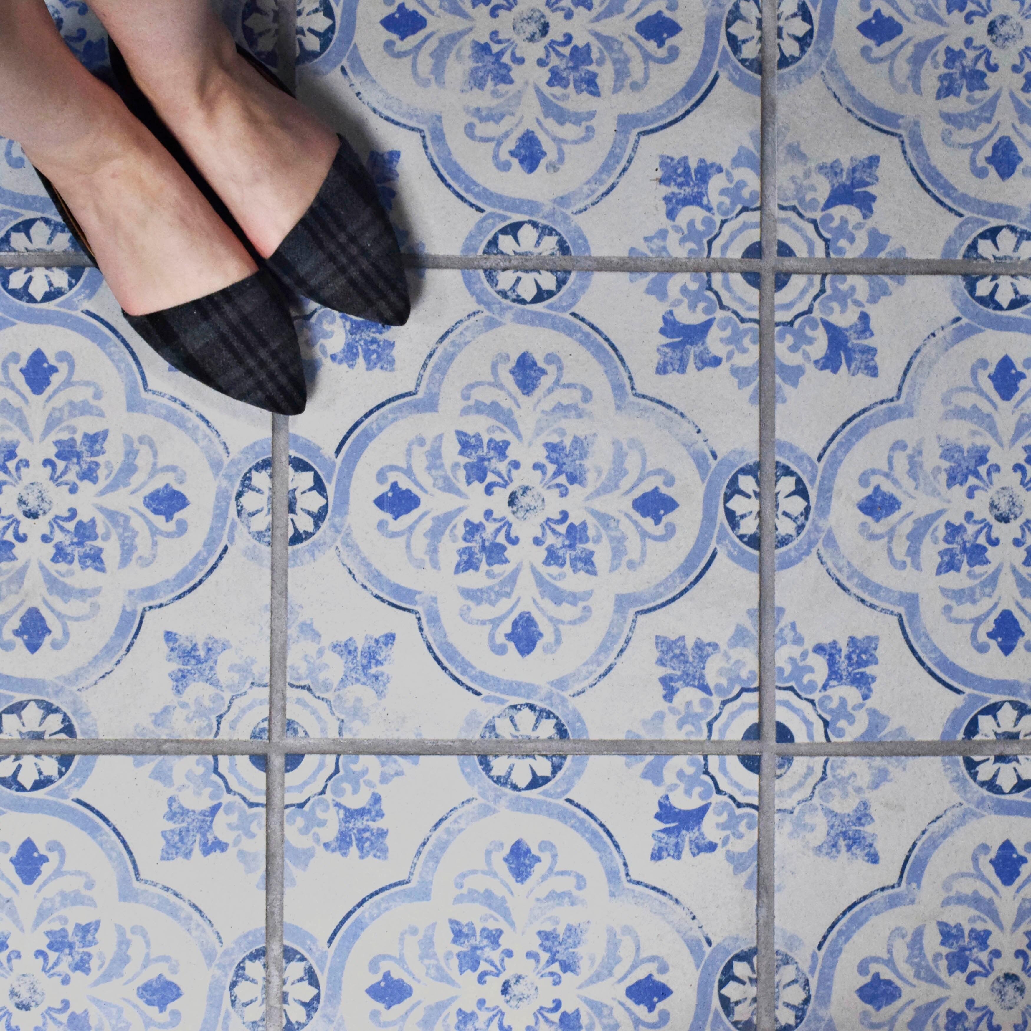 SomerTile 12.75x12.75-inch Clinker Alcazar Celosia Quarry Floor and ...