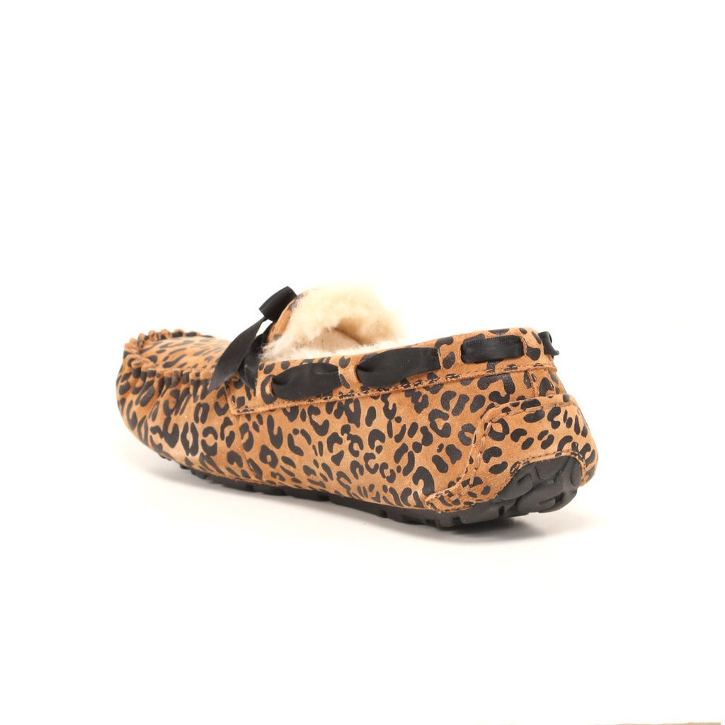 30bf84f1539 UGG Australia Women's Leopard Bow Dakota Slippers