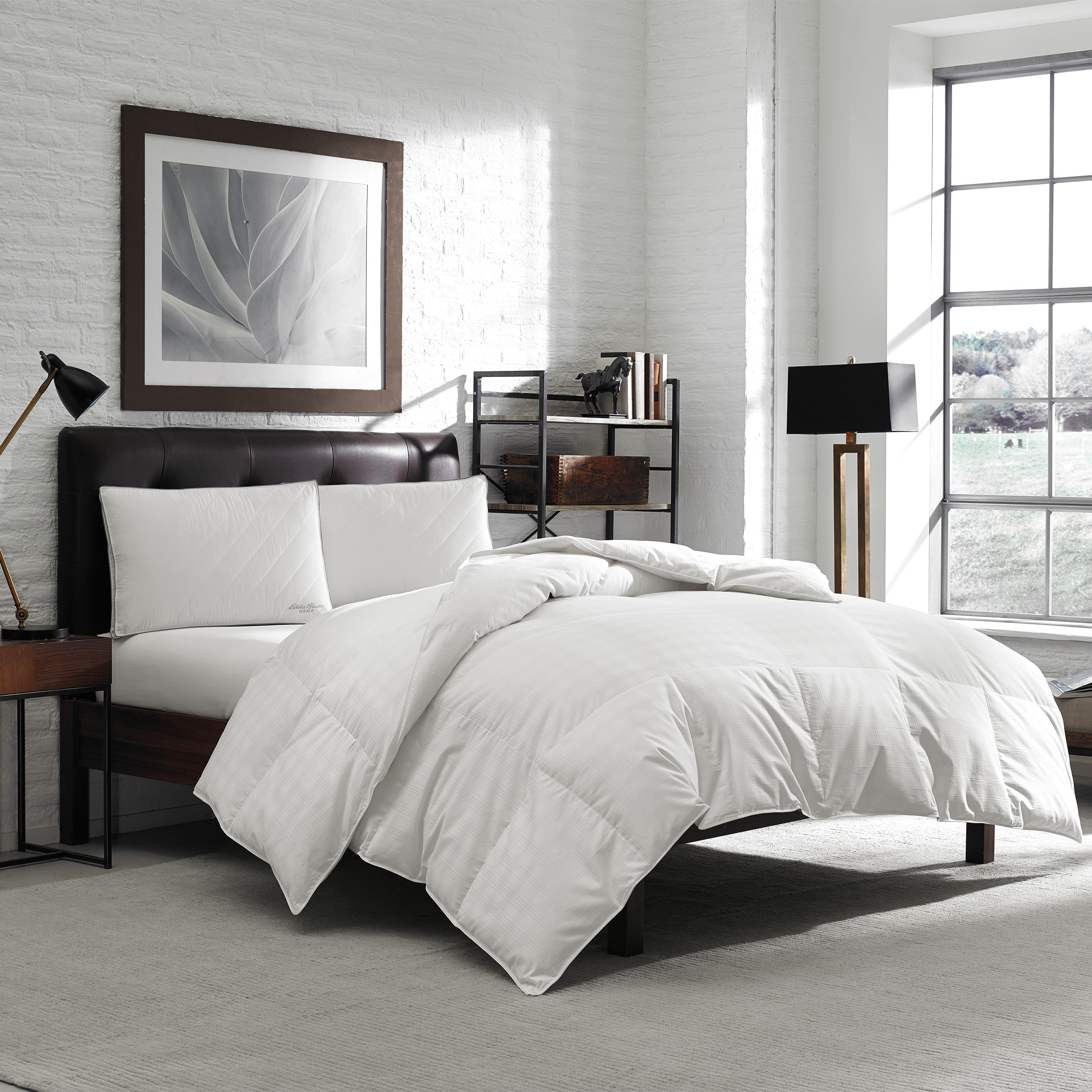 Super King Size 600 Thread Count Hypoallergenic Primaloft Luxury Down Alternative Oversized Comforter