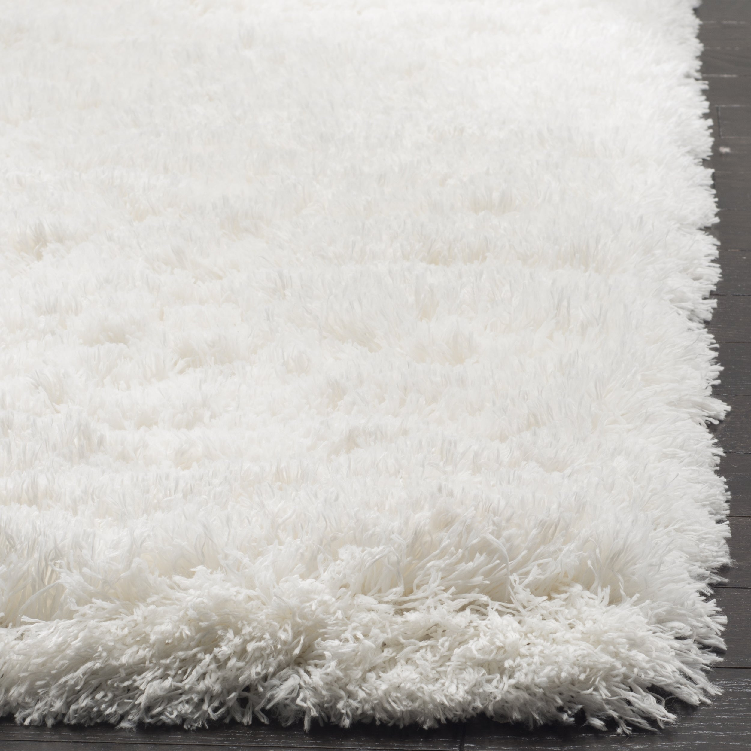white shag rug. Shop Safavieh Polar White Shag Rug - 3\u0027 X 5\u0027 Free Shipping Today Overstock.com 13263103