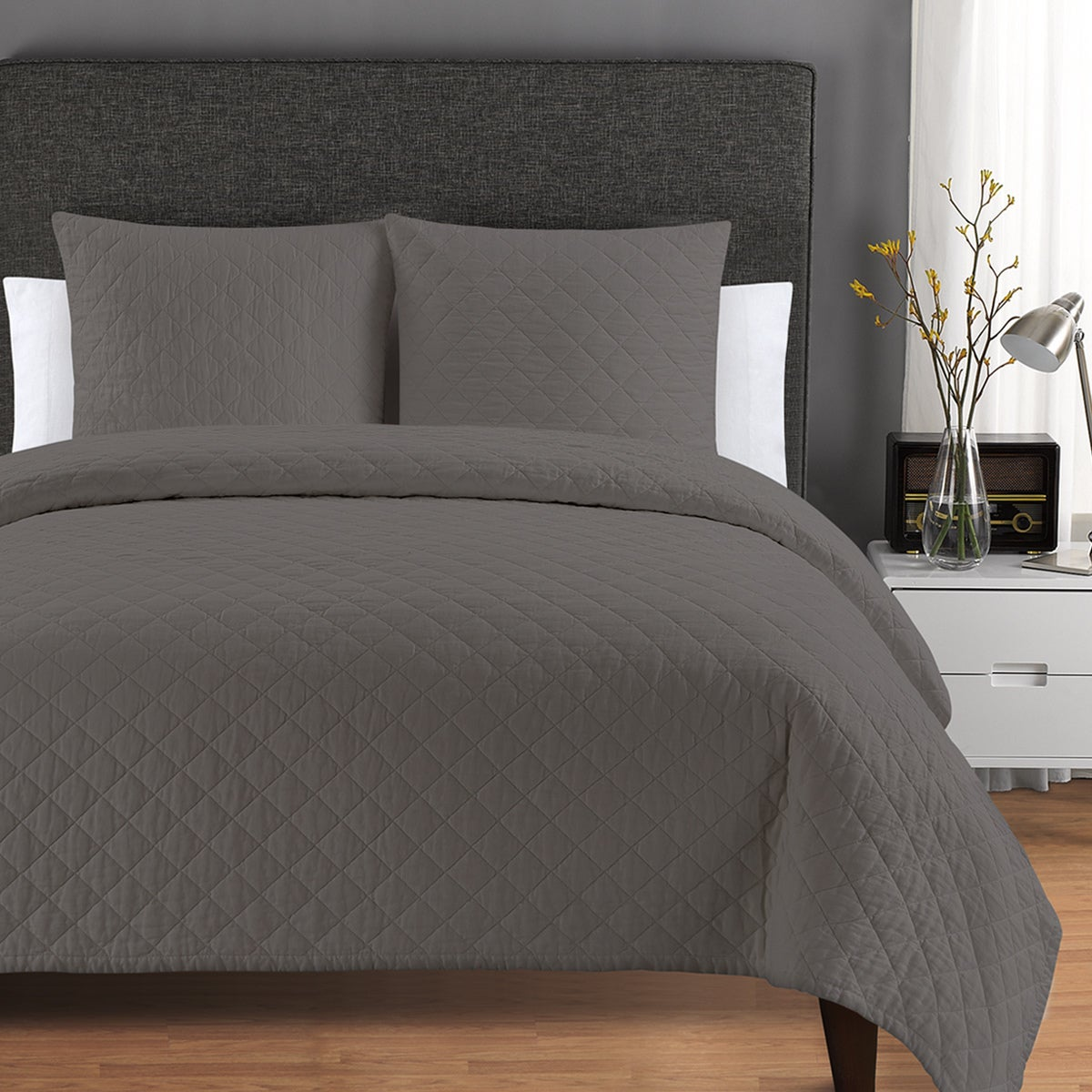 Exceptional Quilted Washed Belgian Linen Coverlet   On Sale   Free Shipping Today    Overstock.com   20156627