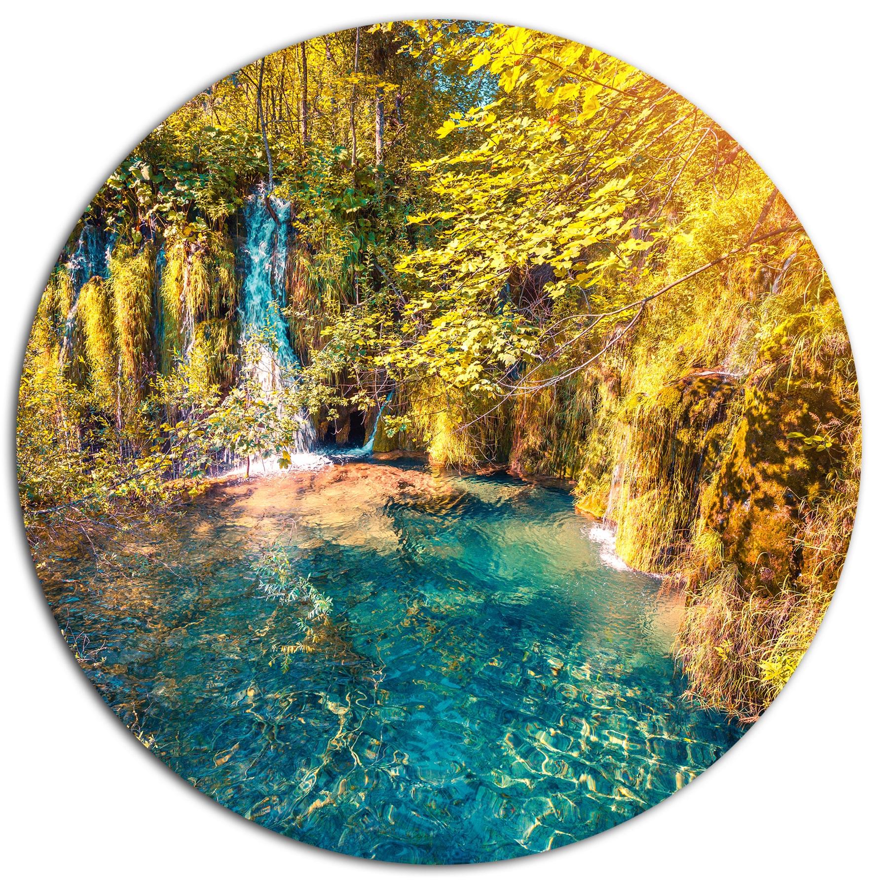Designart \'Plitvice Lakes National Park\' Large Landscape Art Metal ...