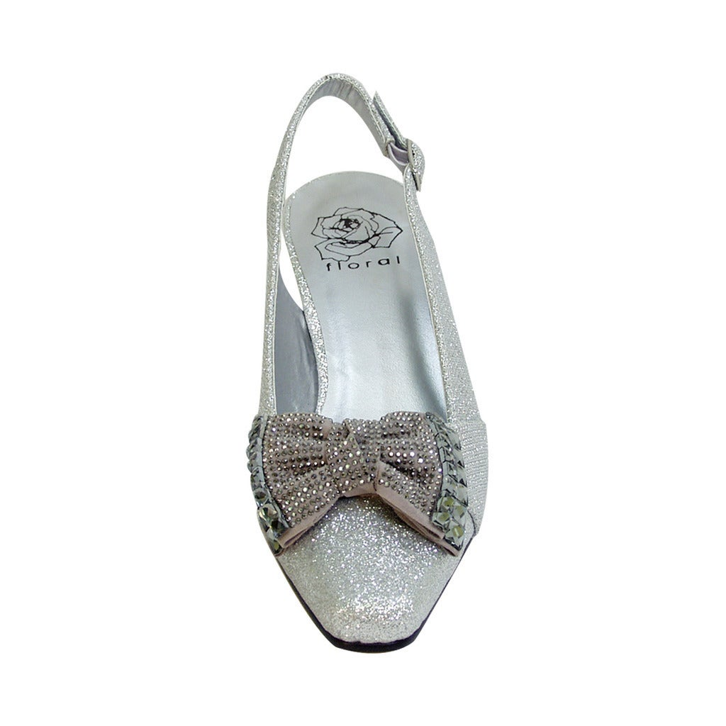 d7eec561860d86 Shop FIC FLORAL Megan Women's Extra Wide Width Dress Slingback with Metallic  Bow - Free Shipping On Orders Over $45 - Overstock - 13840681