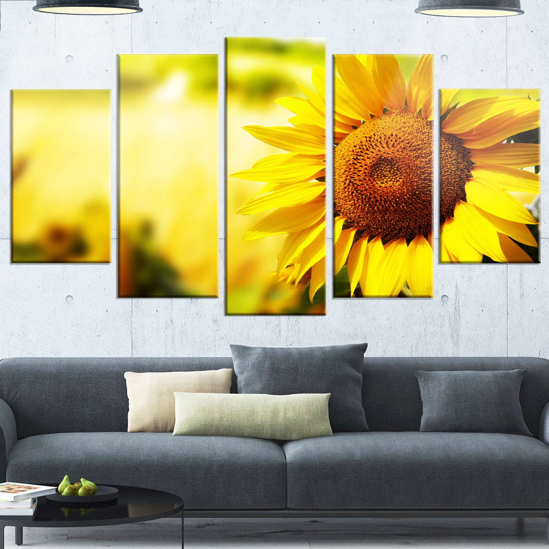 Shop Designart \'Beautiful Tuscany Sunflower\' Flower Glossy Metal ...