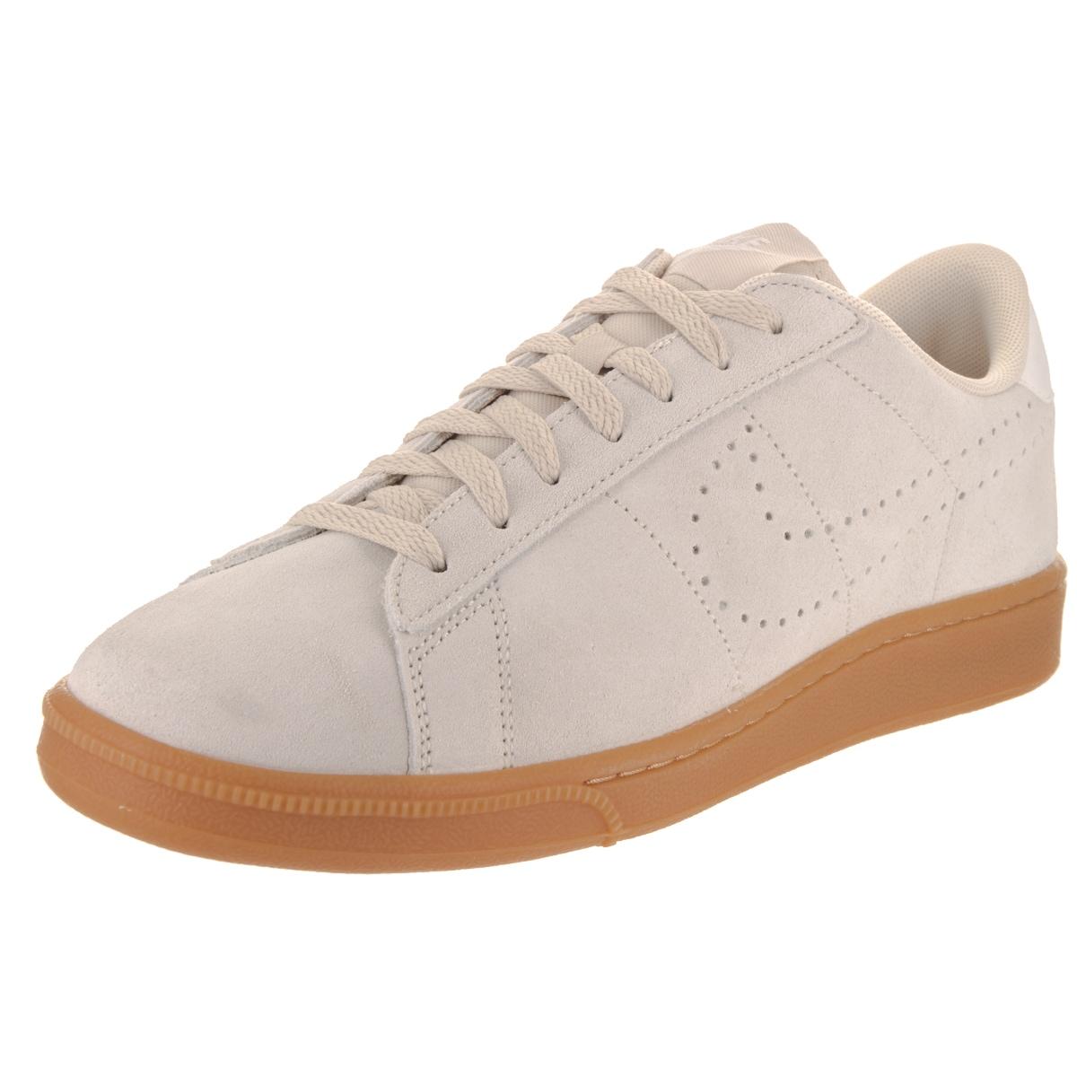 new arrival 45b11 91d61 Nike Men s Tennis Classic CS Suede Tennis Shoes