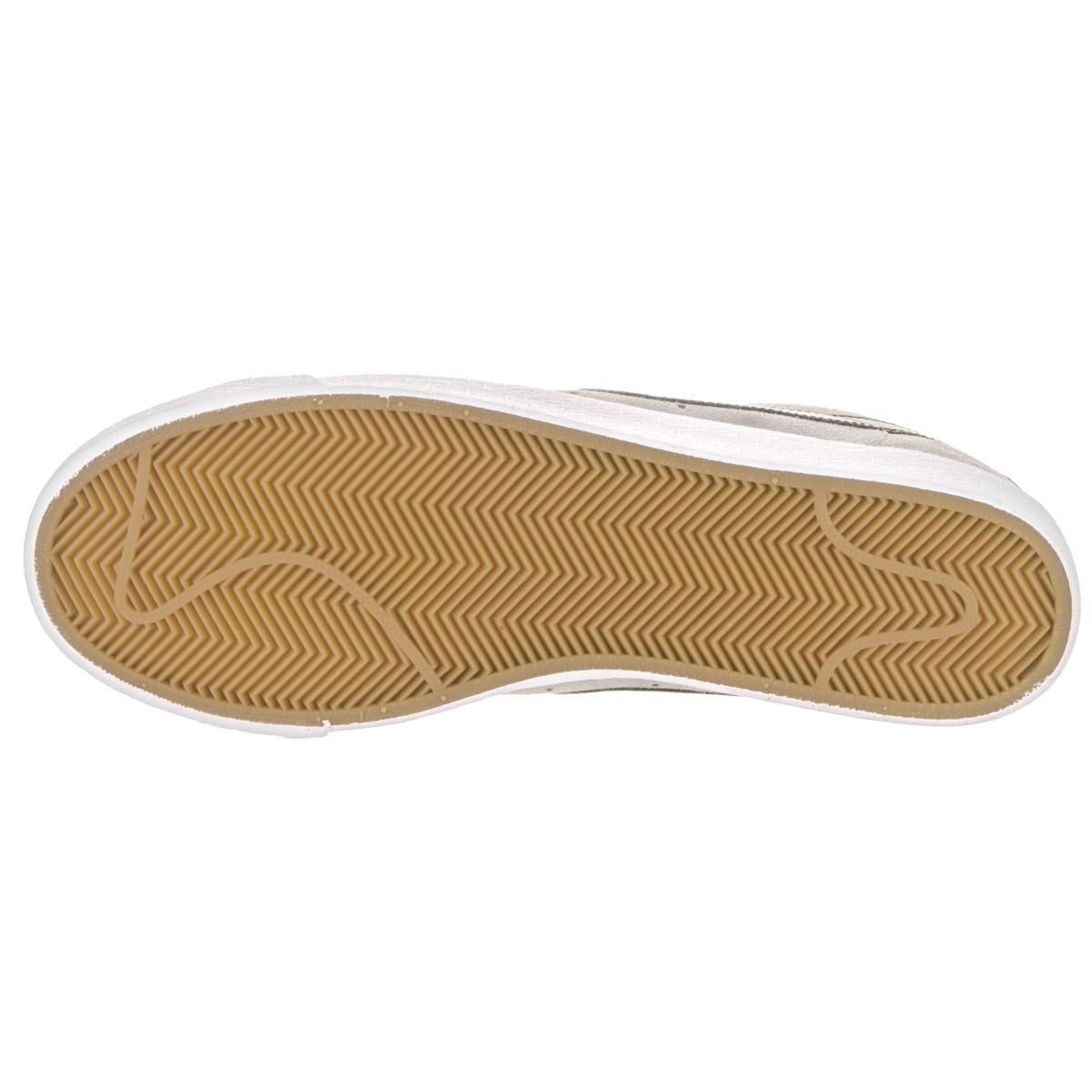 Shop Nike Men s SB Blazer Zoom Low Grey Suede Skate Shoes - Free Shipping  Today - Overstock.com - 14311452 1cf1bdd0c4f