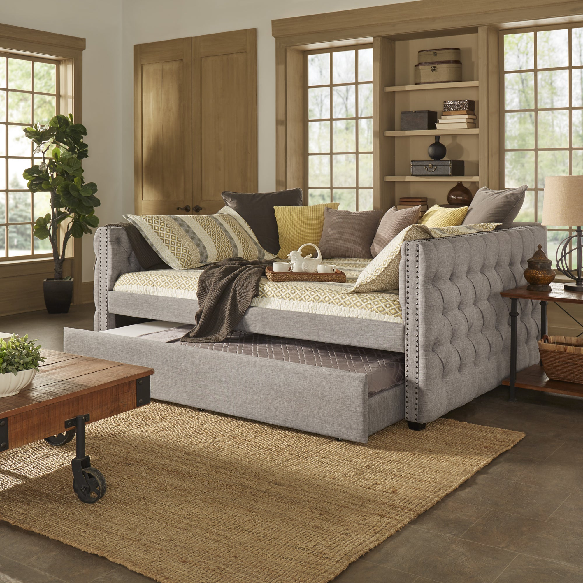 Picture of: Knightsbridge Queen Size Tufted Nailhead Chesterfield Daybed And Trundle By Inspire Q Artisan Overstock 14341348