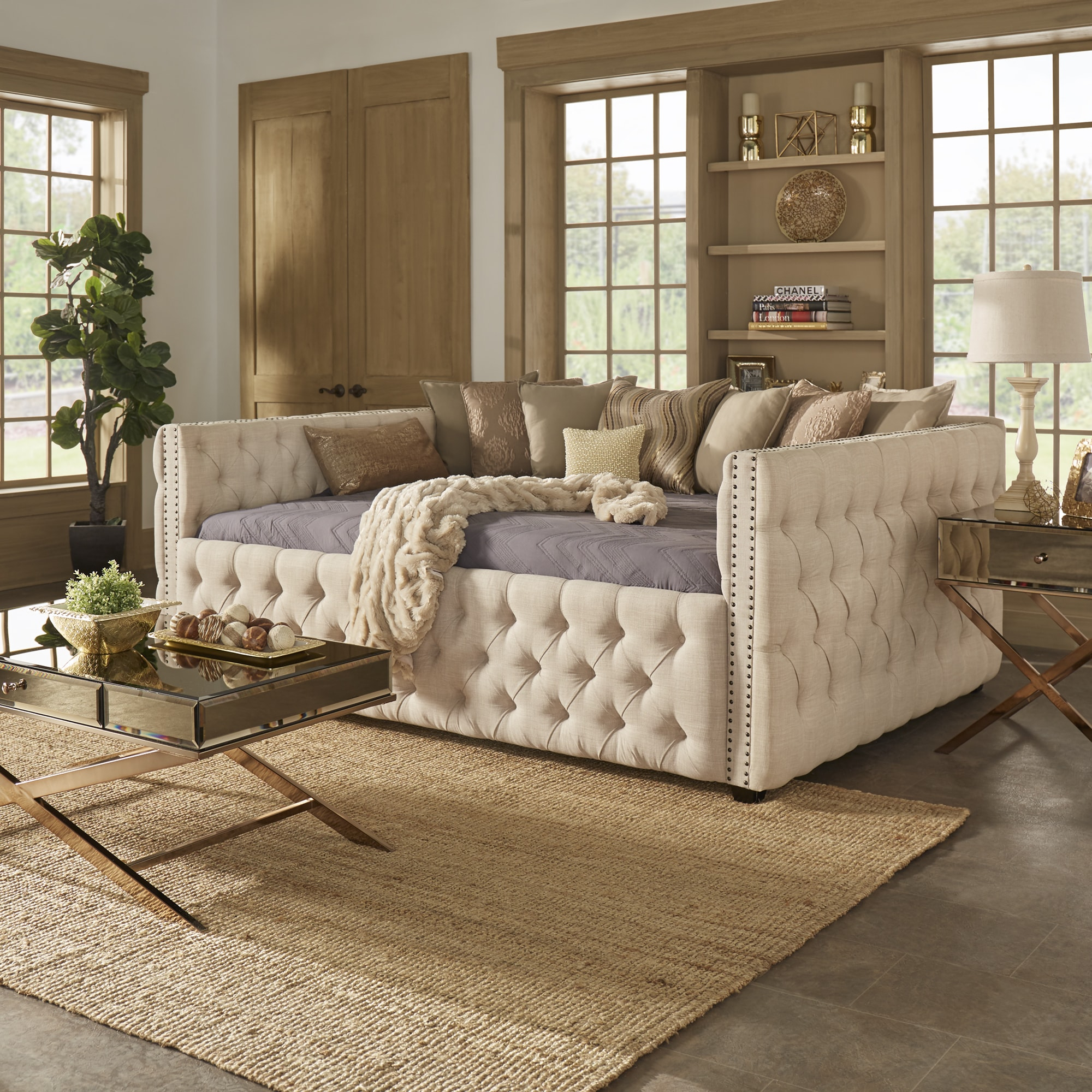 Top Knightsbridge Queen-size Tufted Nailhead Chesterfield Daybed and  GH24