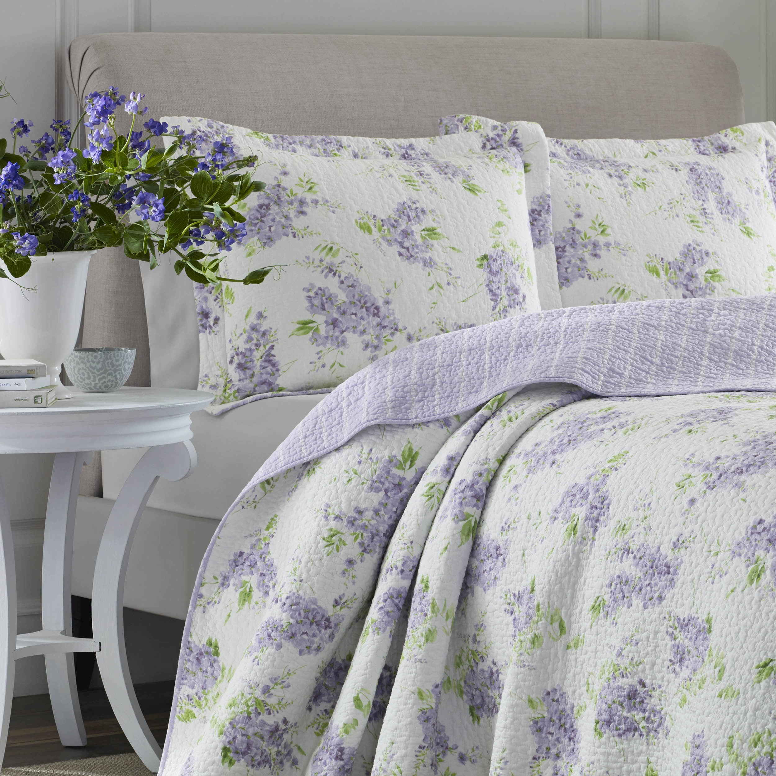 shop laura ashley keighley lilac cotton 3 piece quilt set on sale free shipping today overstockcom 14630239 - Liliac Bedding