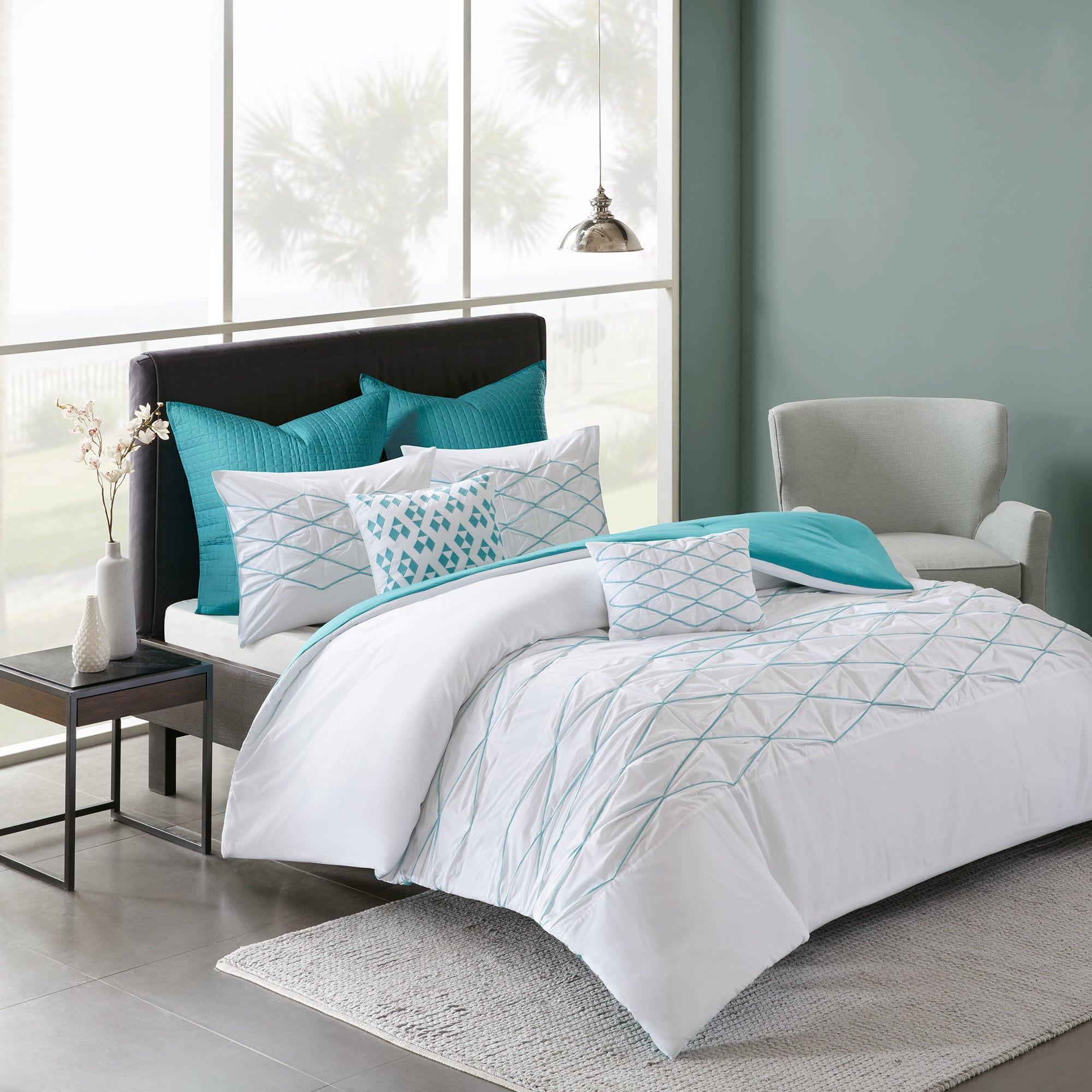 Urban Habitat Bellina White Aqua 7 Piece Cotton Printed forter