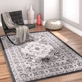 Well Woven Traditional Medallion Grey Area Rug (3'3 x 5')
