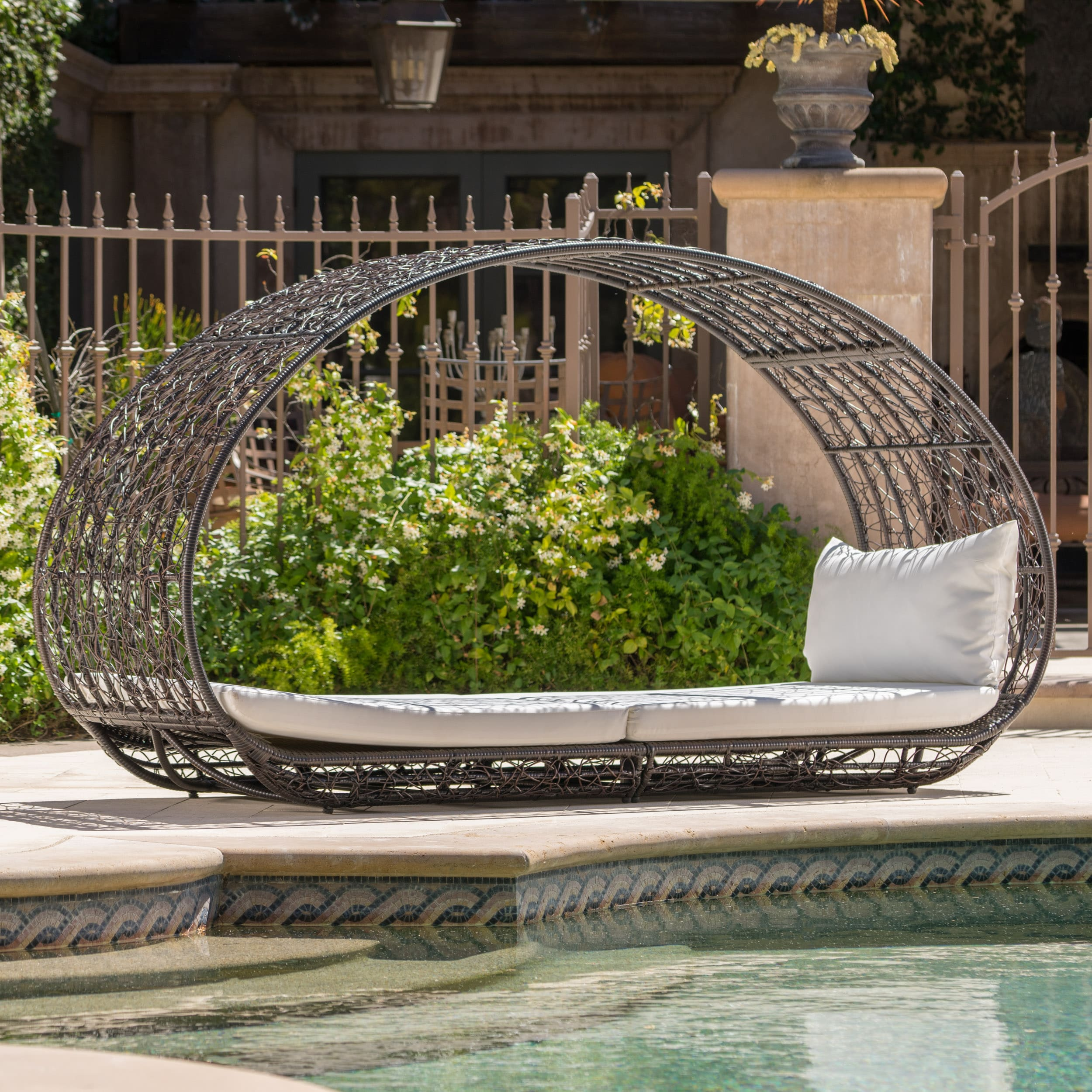 Shop Boca Grande Outdoor Daybed With Cushions By Christopher Knight