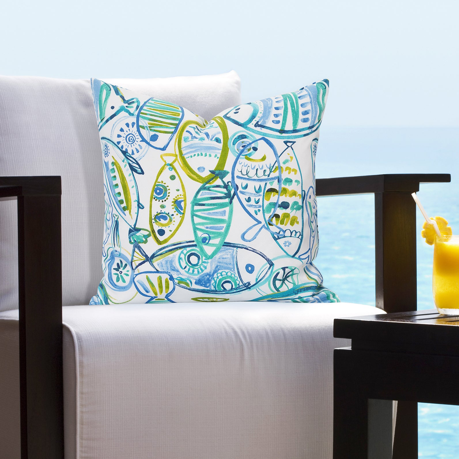 Shop Siscovers Guppy Indoor Outdoor Tropical Throw Pillow On