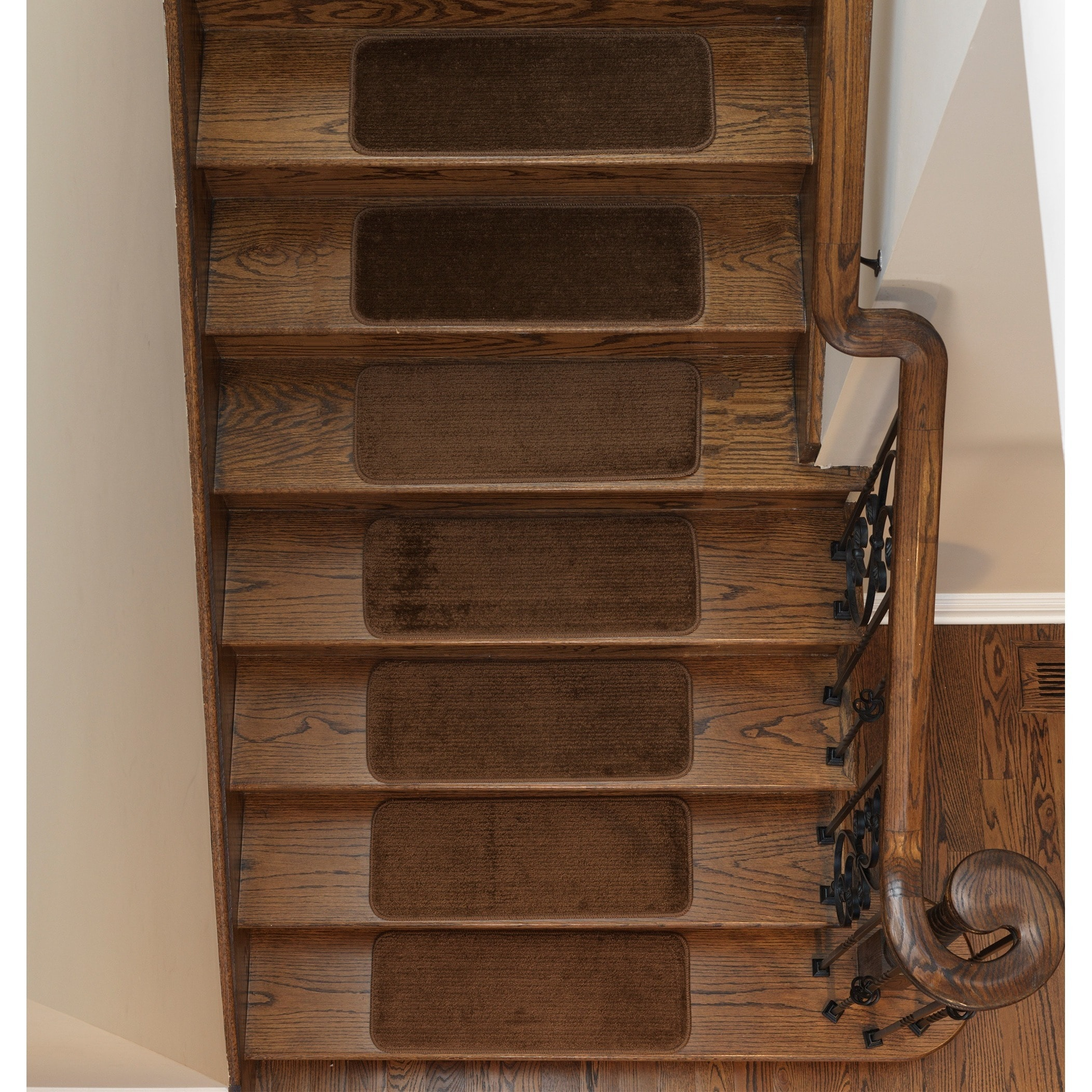 Shop Softy Solid Color Non Slip Stair Treads   On Sale   Free Shipping On  Orders Over $45   Overstock.com   16171234