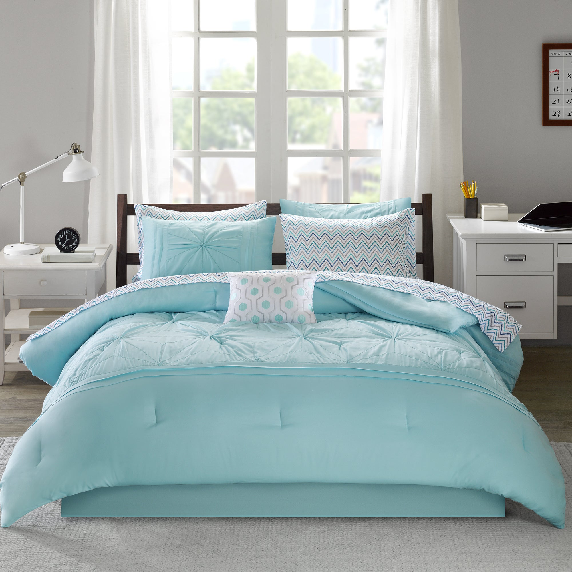 Intelligent Design Devynn Aqua Bed In A Bag Set On Free Shipping Today 16644884