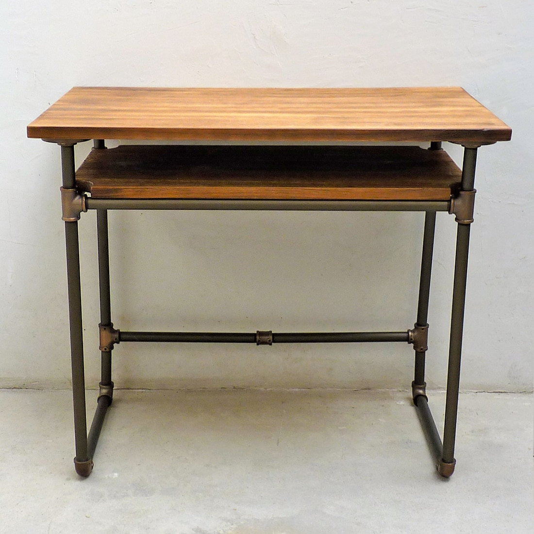 Shop Berkeley Industrial Vintage Metal and Reclaimed Aged Wood Finish Pipe  Desk with Lower Shelf - On Sale - Free Shipping Today - Overstock.com -  16738536 - Shop Berkeley Industrial Vintage Metal And Reclaimed Aged Wood