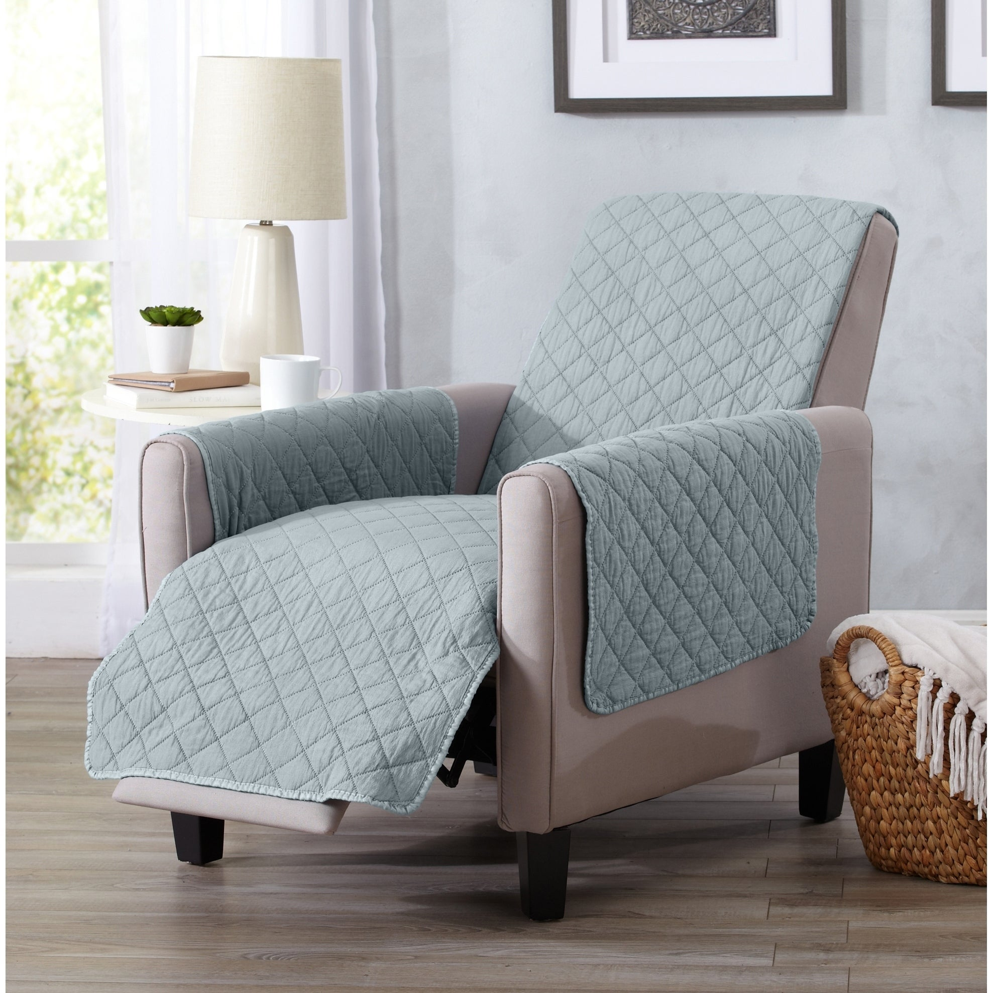 Shop Home Fashion Designs Laurina Stonewashed Reversible Recliner Protector    Free Shipping On Orders Over $45   Overstock.com   17127116