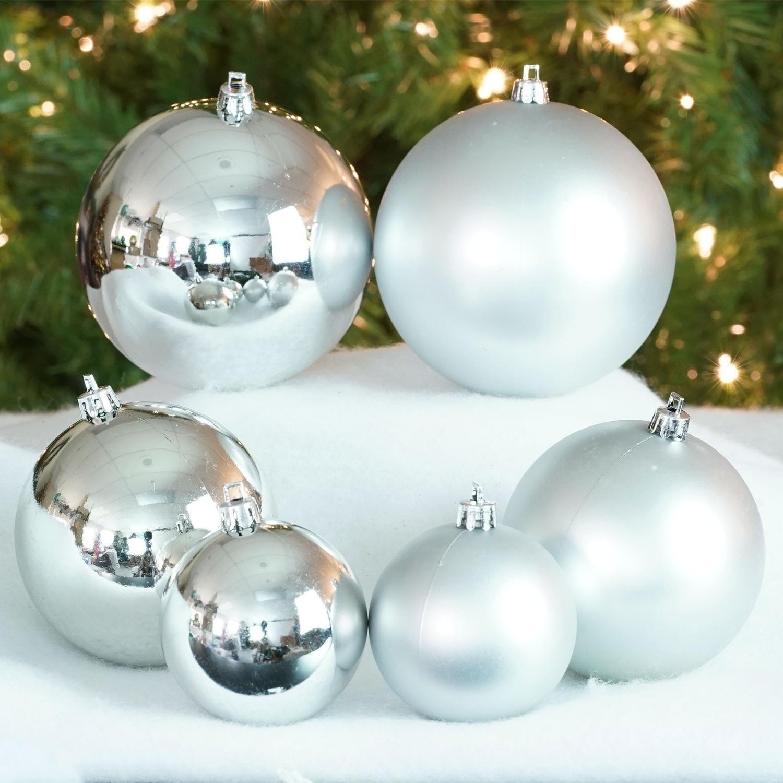 50ct Silver Splendor Shiny & Matte Shatterproof Christmas Ball Ornaments  2.4