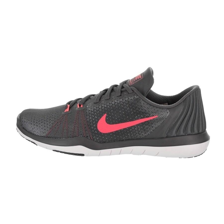 ee95ec04ba3a Shop Nike Women s Flex Supreme Tr 5 Training Shoe - Free Shipping Today -  Overstock - 17407737