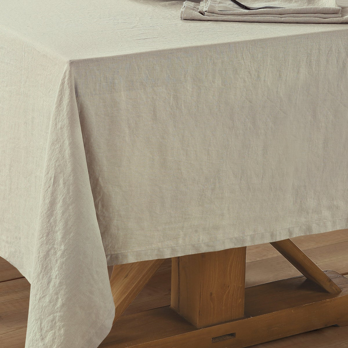 Washed Belgian Linen Tablecloth   Free Shipping Today   Overstock   23902585