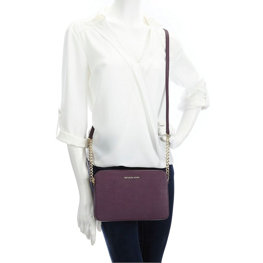 9ef773951466 Shop Michael Kors Jet Set Large Saffiano Leather Crossbody - Damson - Free  Shipping Today - Overstock - 17875705