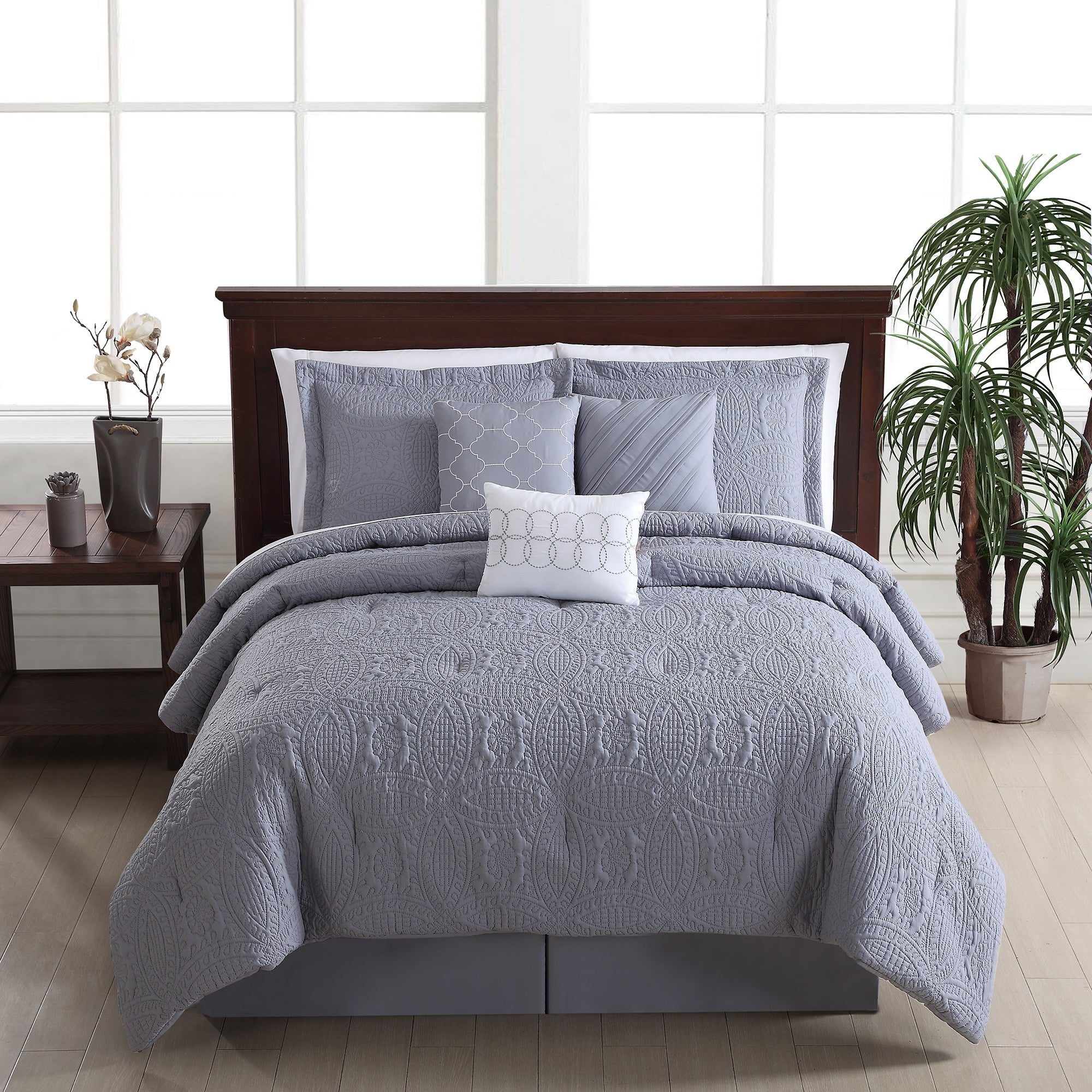 ikea catchy king california glancing tufted californi divine bed sheet beds comforter then platform with desk throughout ah teens bunk canopy plus set sheets bedding old size