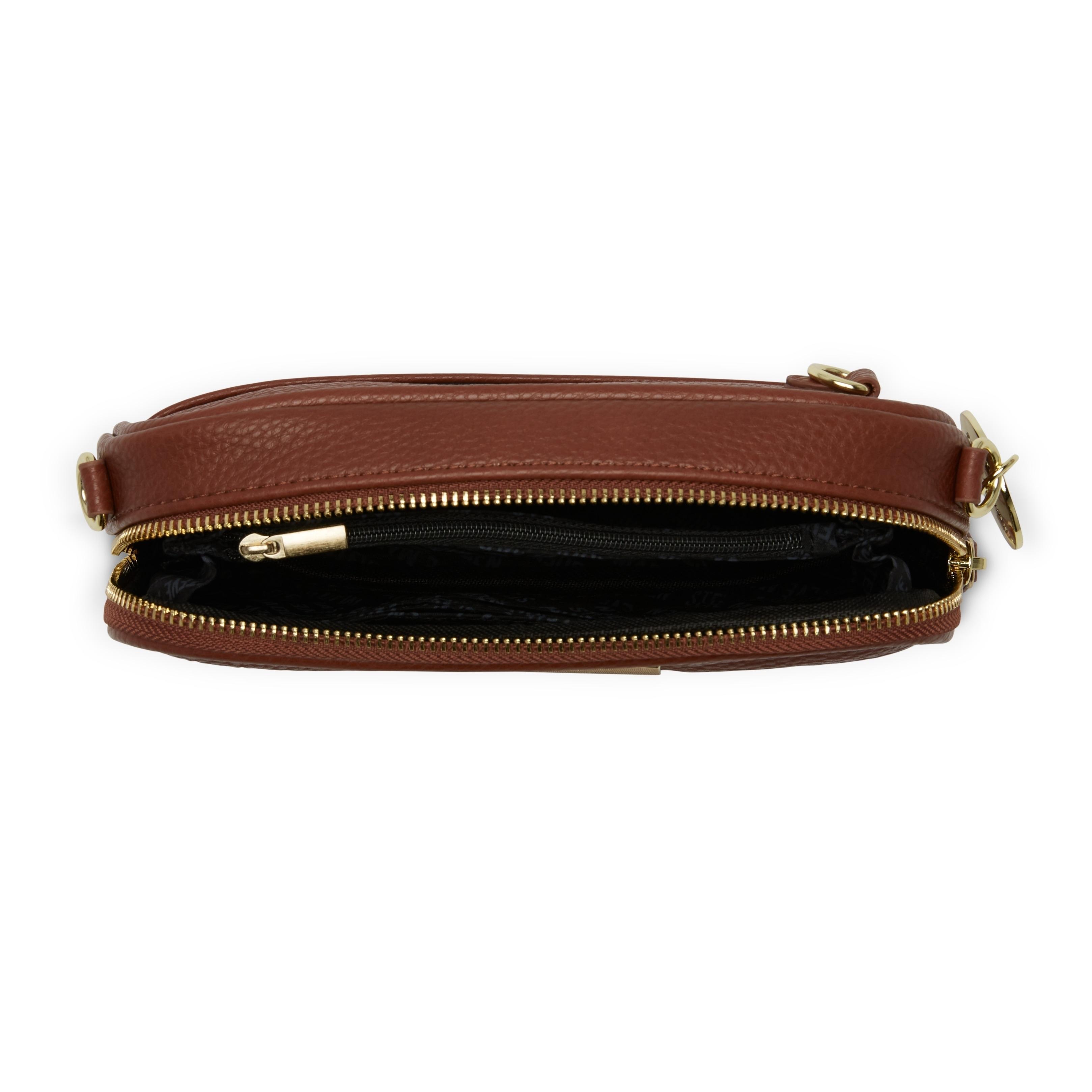 Shop Steve Madden BMagnolia Chevron Quilted Crossbody Handbag - Free  Shipping On Orders Over  45 - Overstock - 18000666 83de82fd818d2