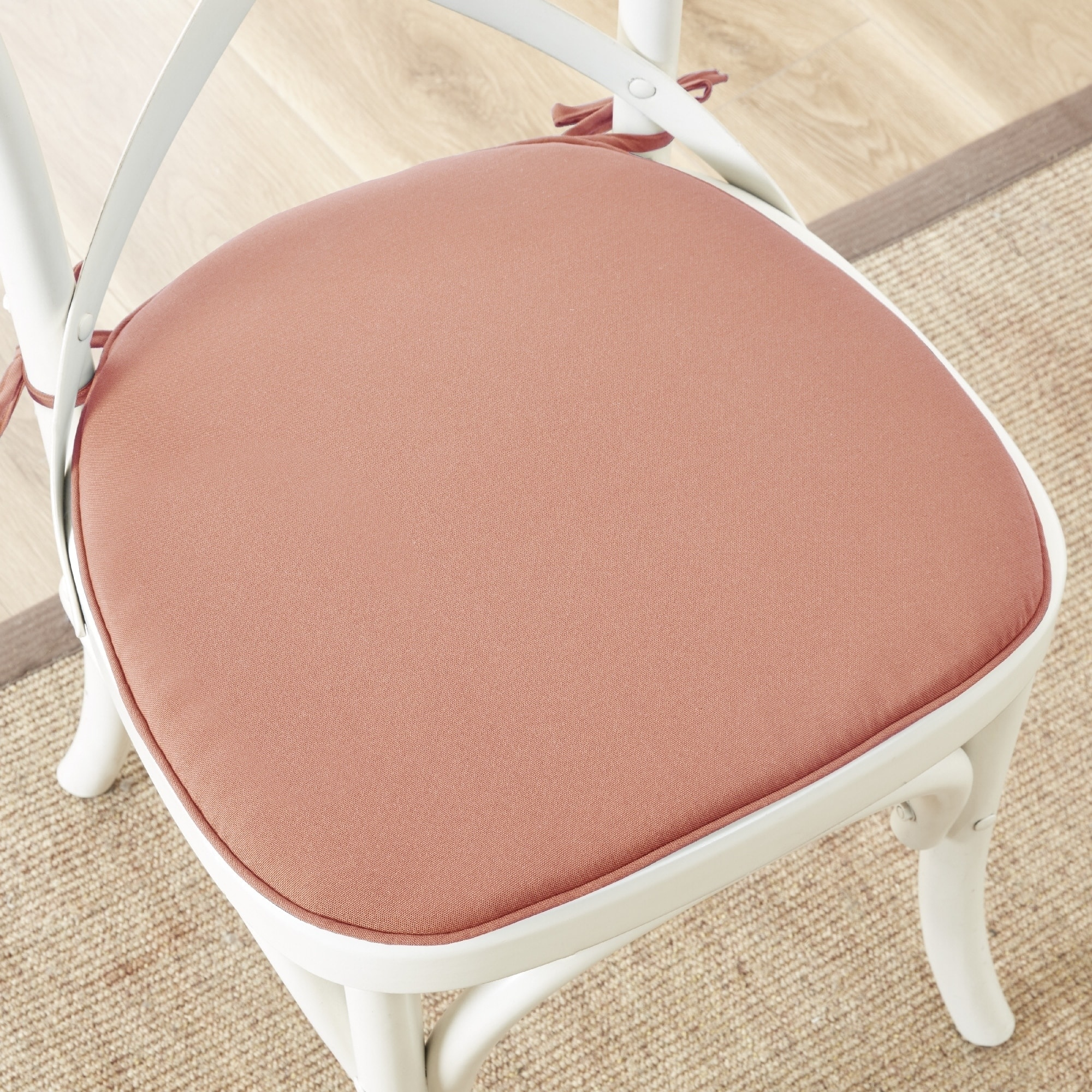 Shop Madison Park Mission Solid 3M Scotchgard Indoor/ Outdoor Chair Pad  (Set Of 2)   Free Shipping On Orders Over $45   Overstock.com   18081007