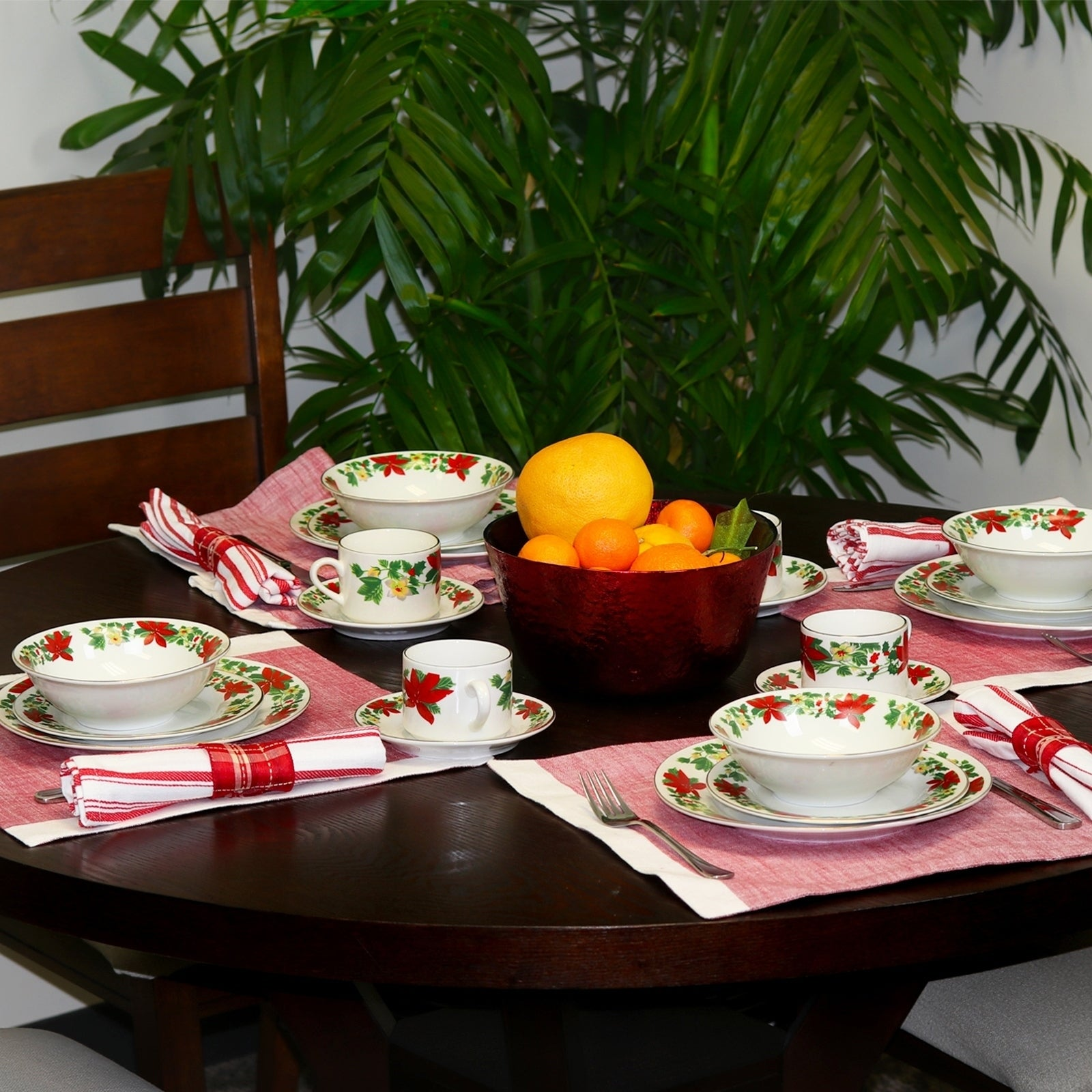 Poinsettia Holiday 20-Piece Dinnerware Set Decorated Rim - Free Shipping Today - Overstock - 24263892 & Poinsettia Holiday 20-Piece Dinnerware Set Decorated Rim - Free ...