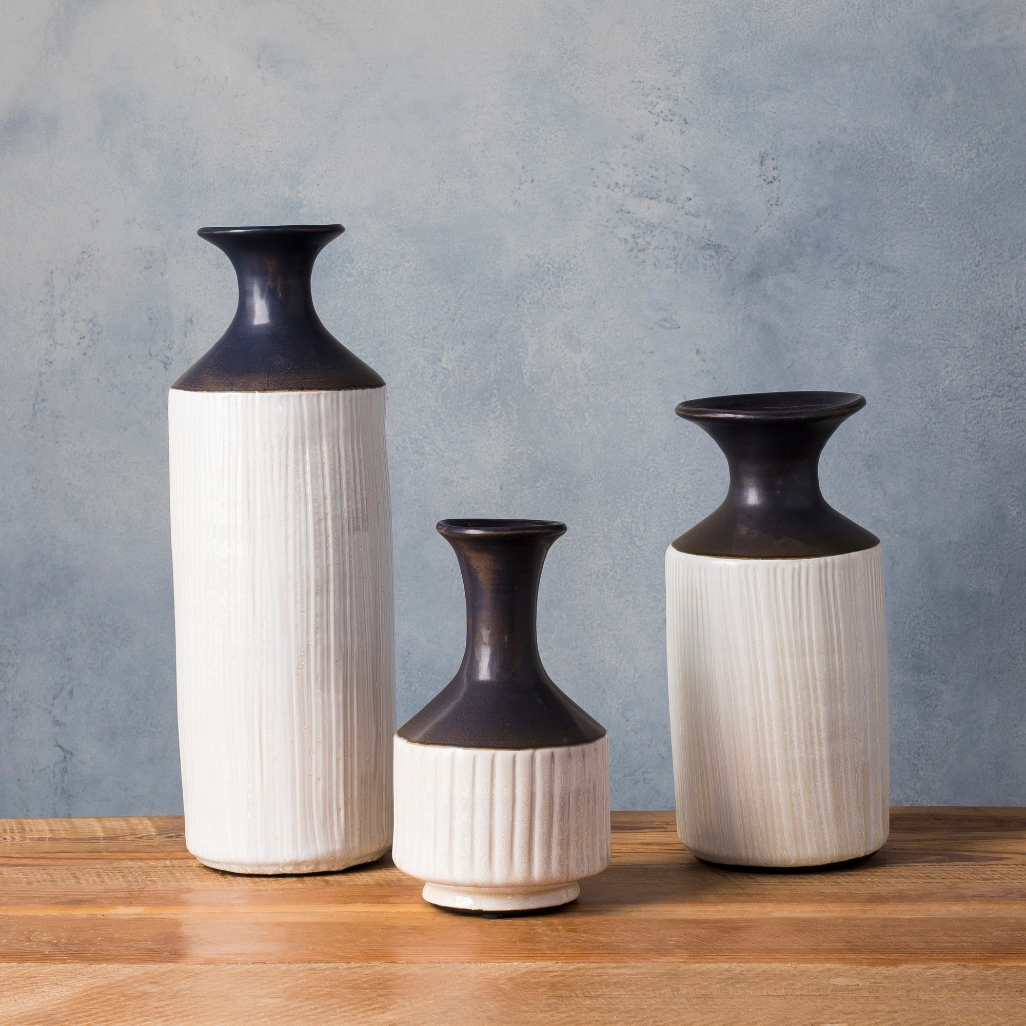 Albescu navy ceramic modern decorative vase set of 3 free albescu navy ceramic modern decorative vase set of 3 free shipping today overstock 24367661 reviewsmspy