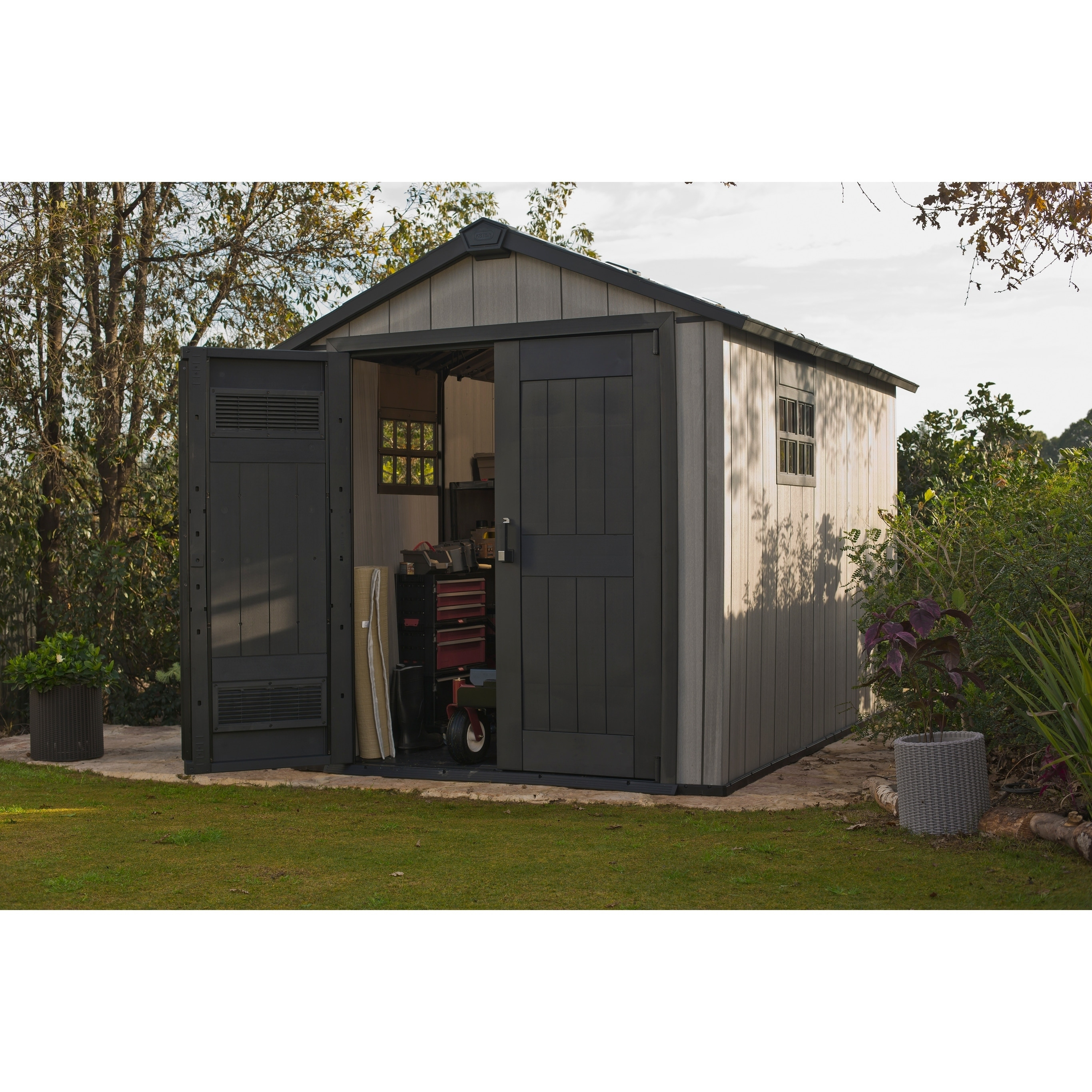 Merveilleux Shop Keter Oakland 7511 Plastic Resin Outdoor Storage Shed   Free Shipping  Today   Overstock.com   18236090