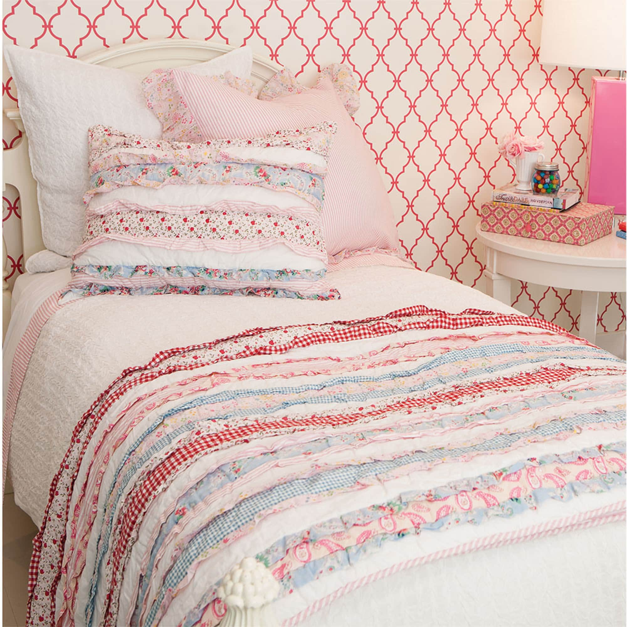 Shop Leah Cotton Patchwork Quilt - Free Shipping Today - Overstock ...