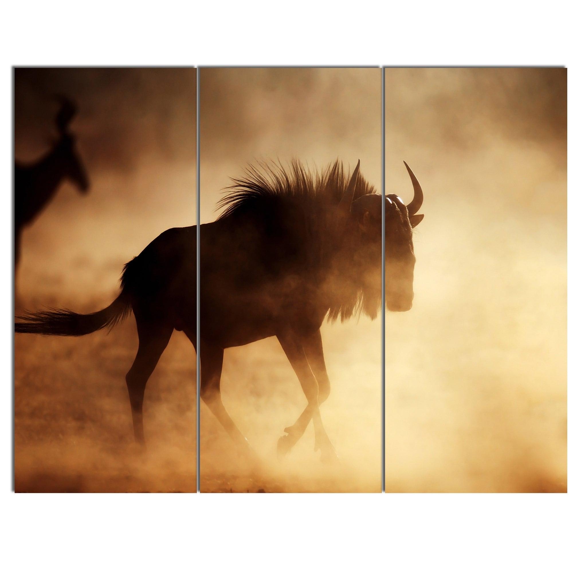 Designart \'Blue Wildebeest Running in Dust\' African Glossy Metal ...