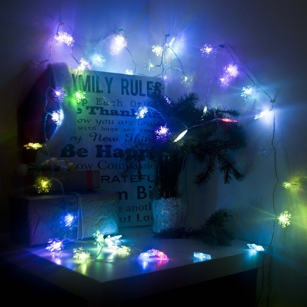 Shop ALEKO Electric 50 LED Multicolor Snowflake Christmas Light Lot of 2 - On Sale - Free Shipping On Orders Over $45 - Overstock.com - 18844076