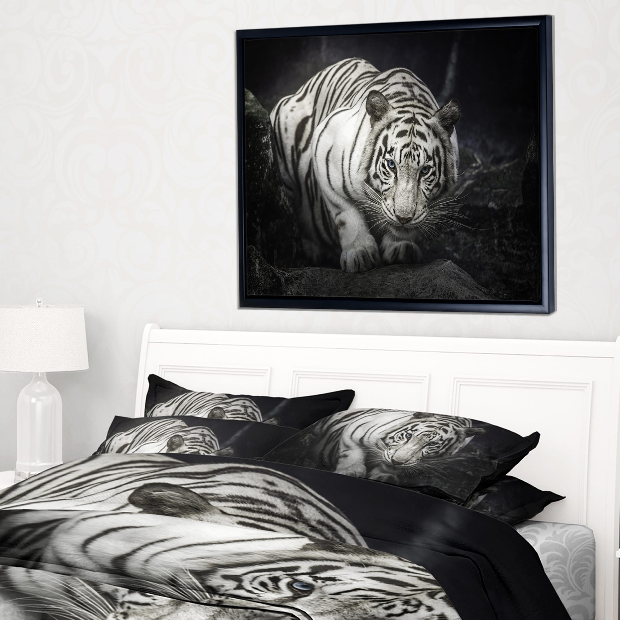 Shop Designart \'White Tiger\' Animal Photography Framed Canvas Art ...