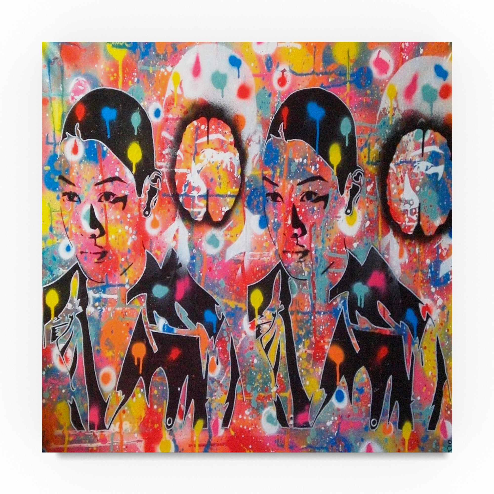 Shop abstract graffiti abstract androids canvas art free shipping on orders over 45 overstock 19207744